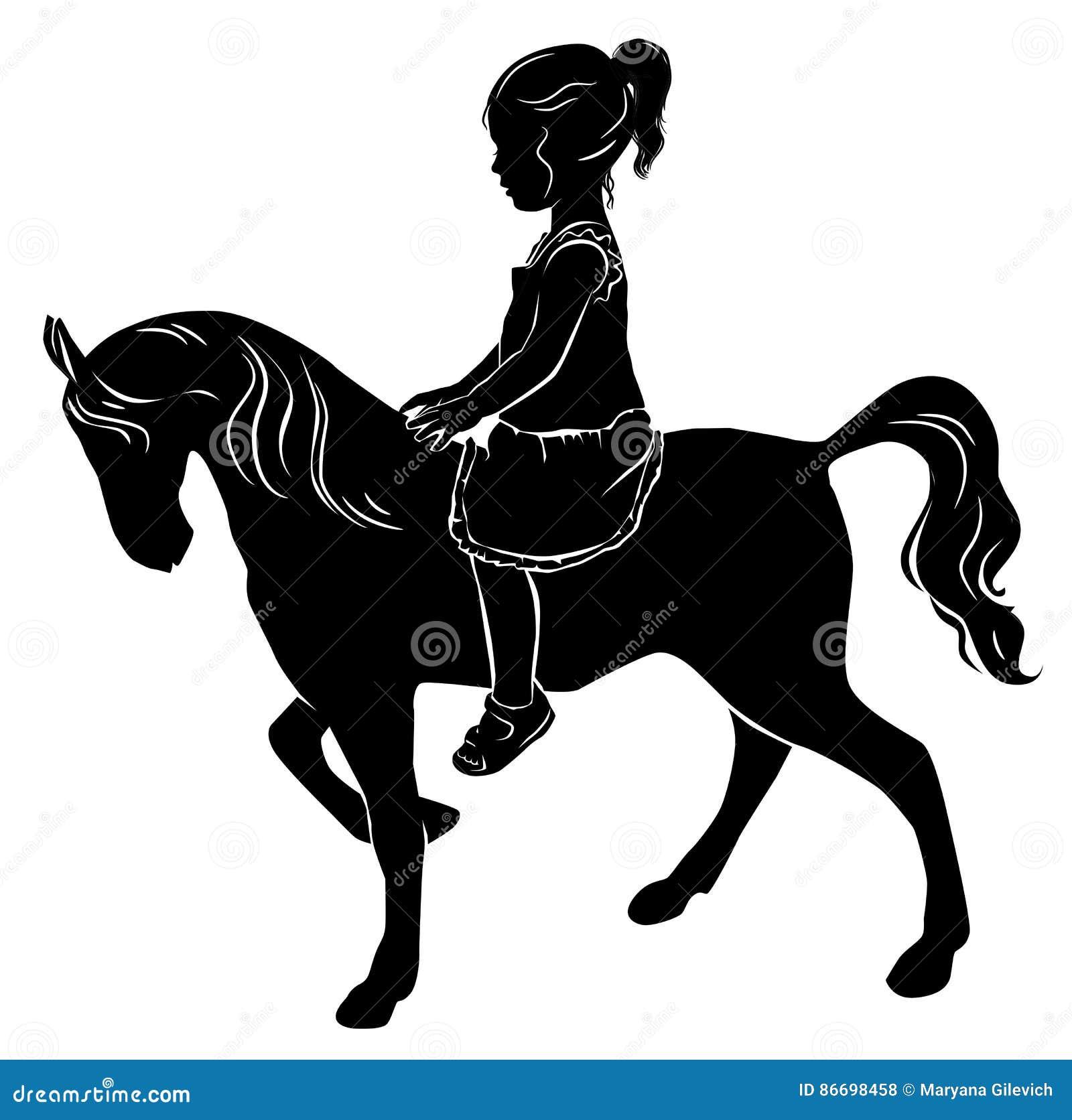 Petite fille de silhouette sur le cheval