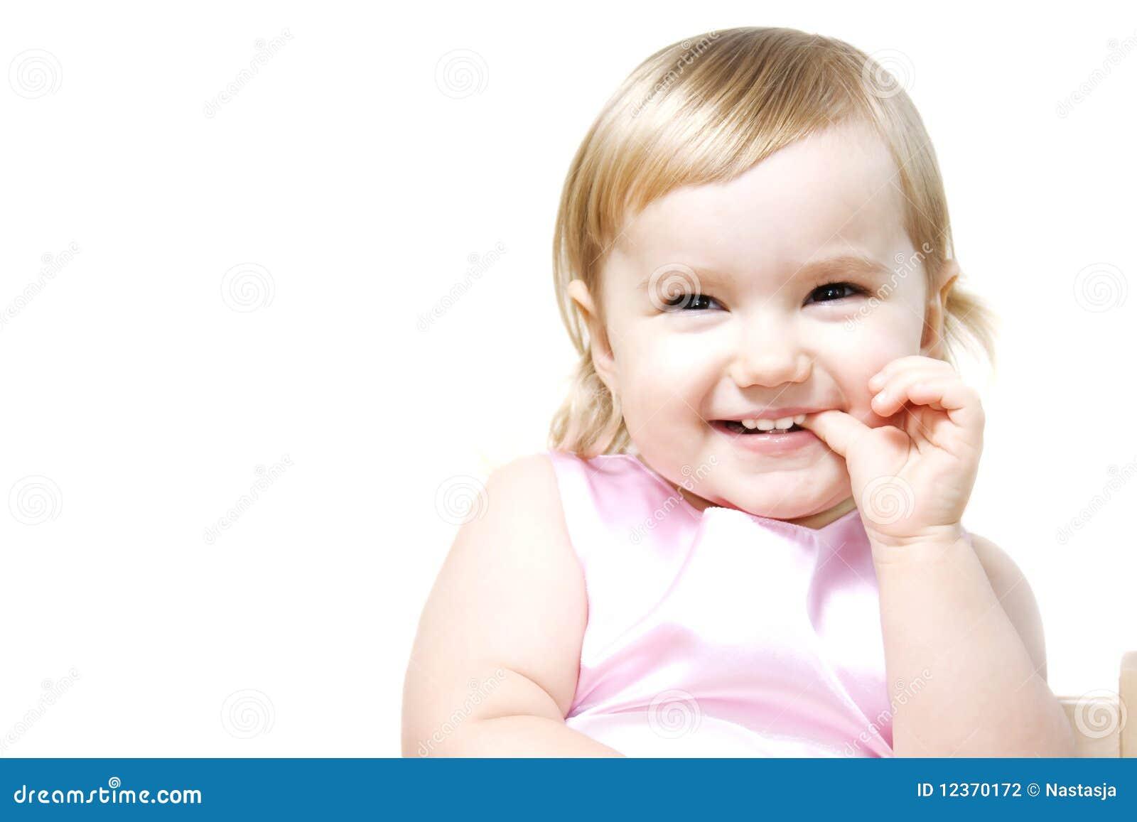 Petite fille riante