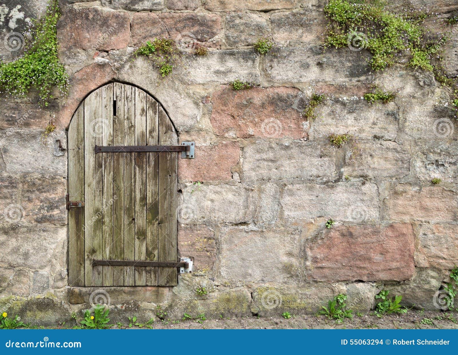 Petite Porte En Bois