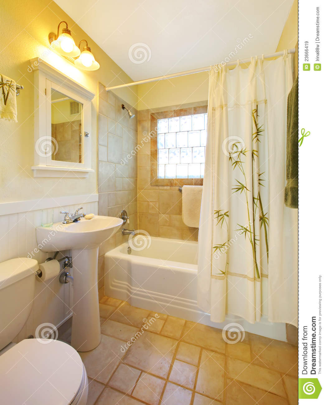 Salle De Bain Petite Douche : Beige and White Small Bathrooms