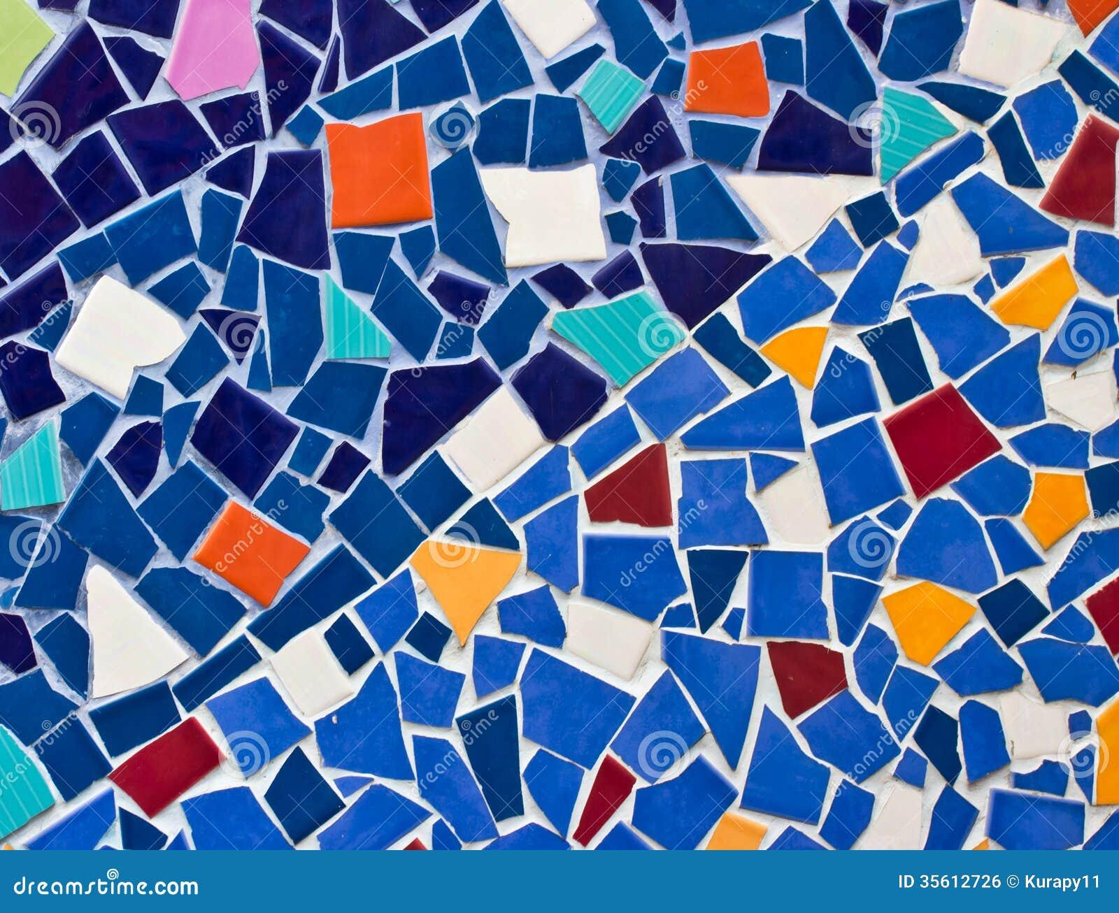 Petites tuiles multicolores