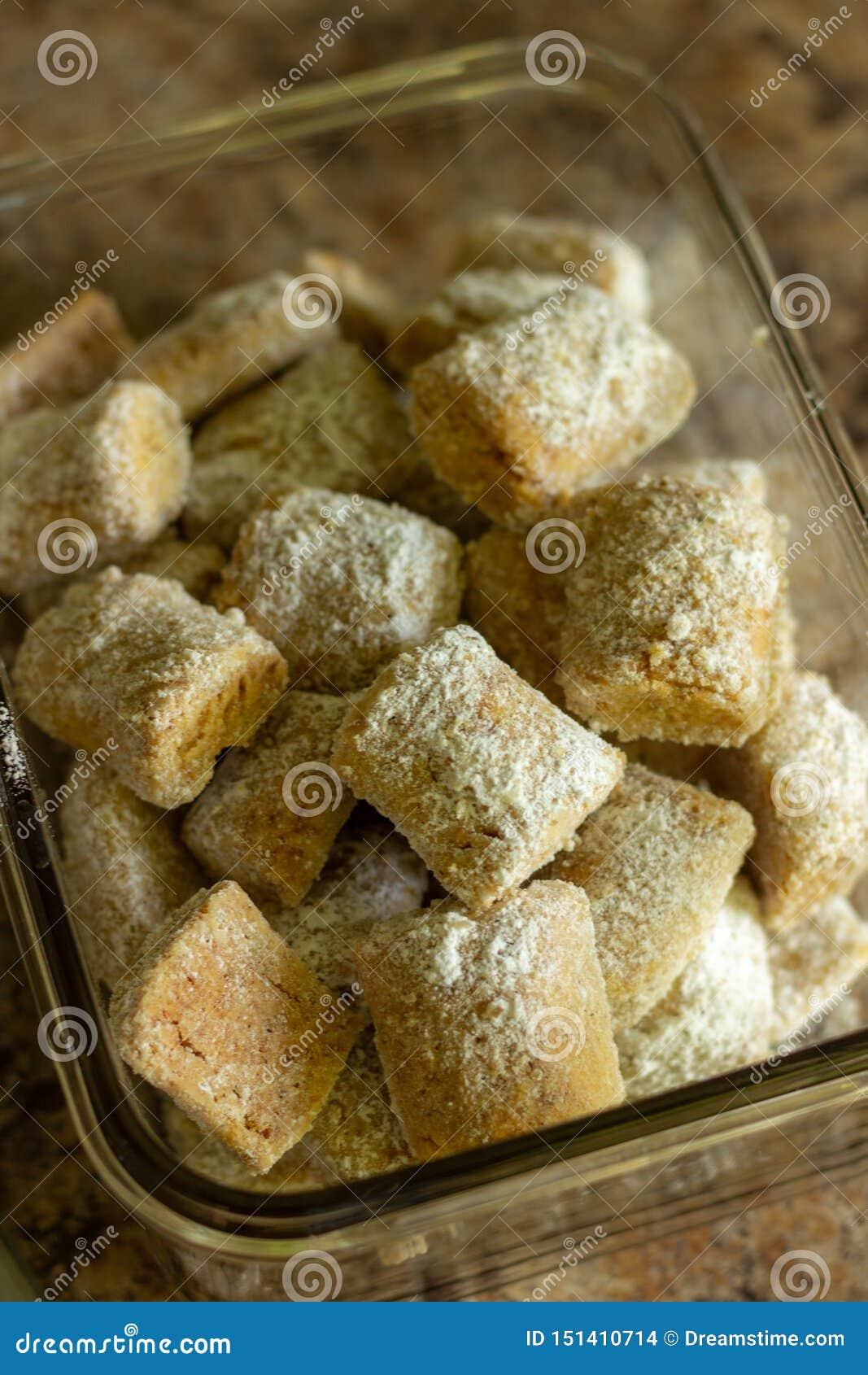 Petits biscuits avec la poudre d amande