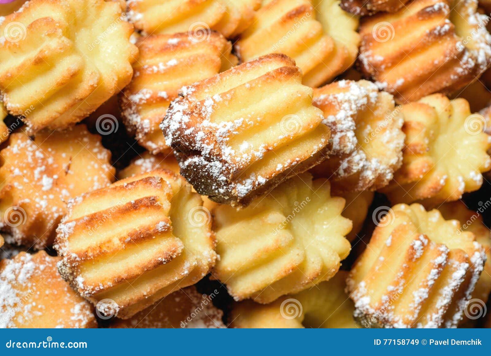 Petits gâteaux frais cuits au four de vanille