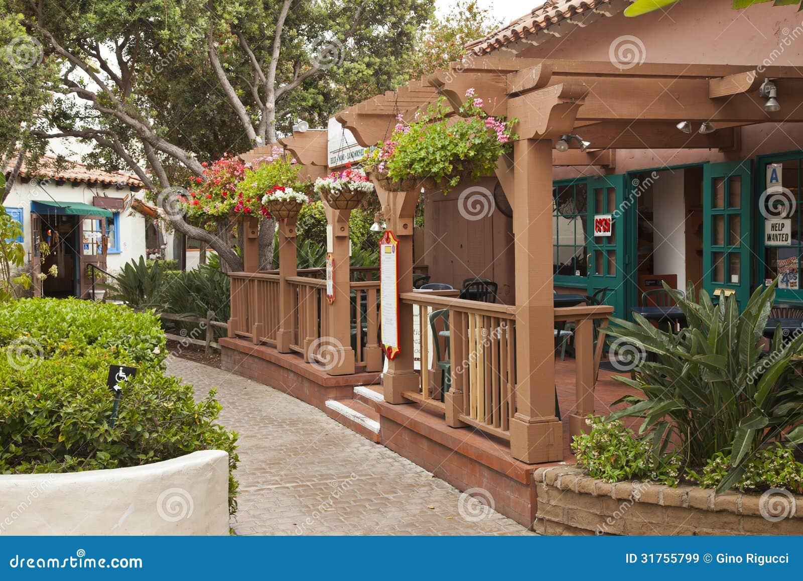 Petits restaurant et épicerie en San Diego California.