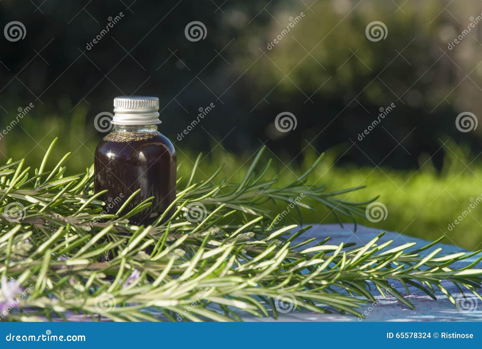 Petróleo essencial de Rosemary