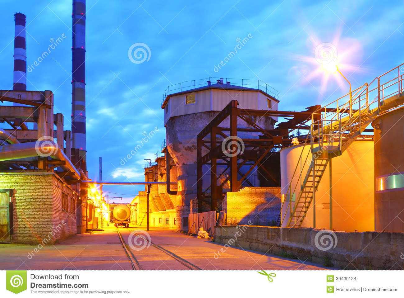 petrochemical-plant-night-time-lighting-
