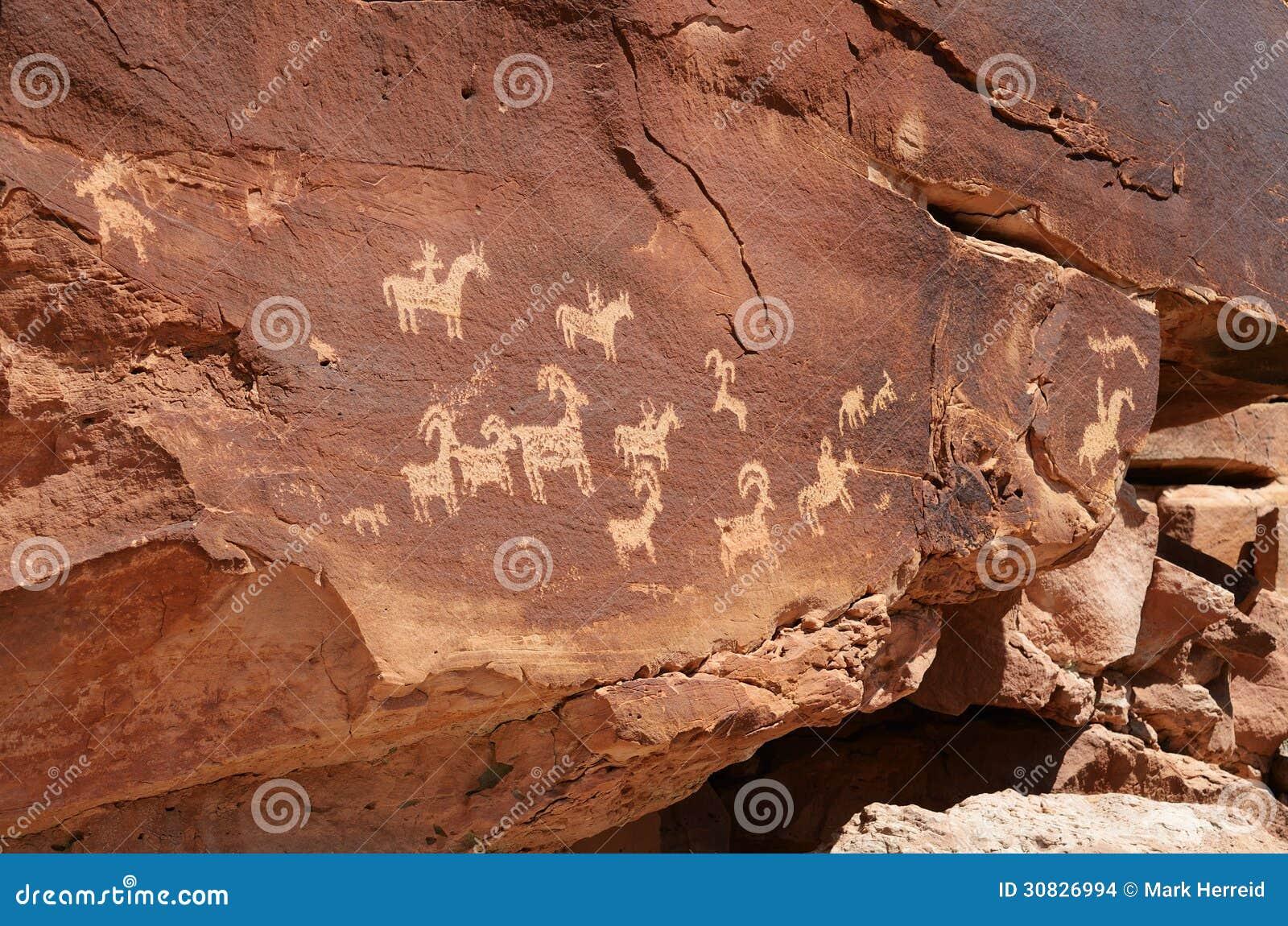 Petroglifi del nativo americano nel parco nazionale di arché