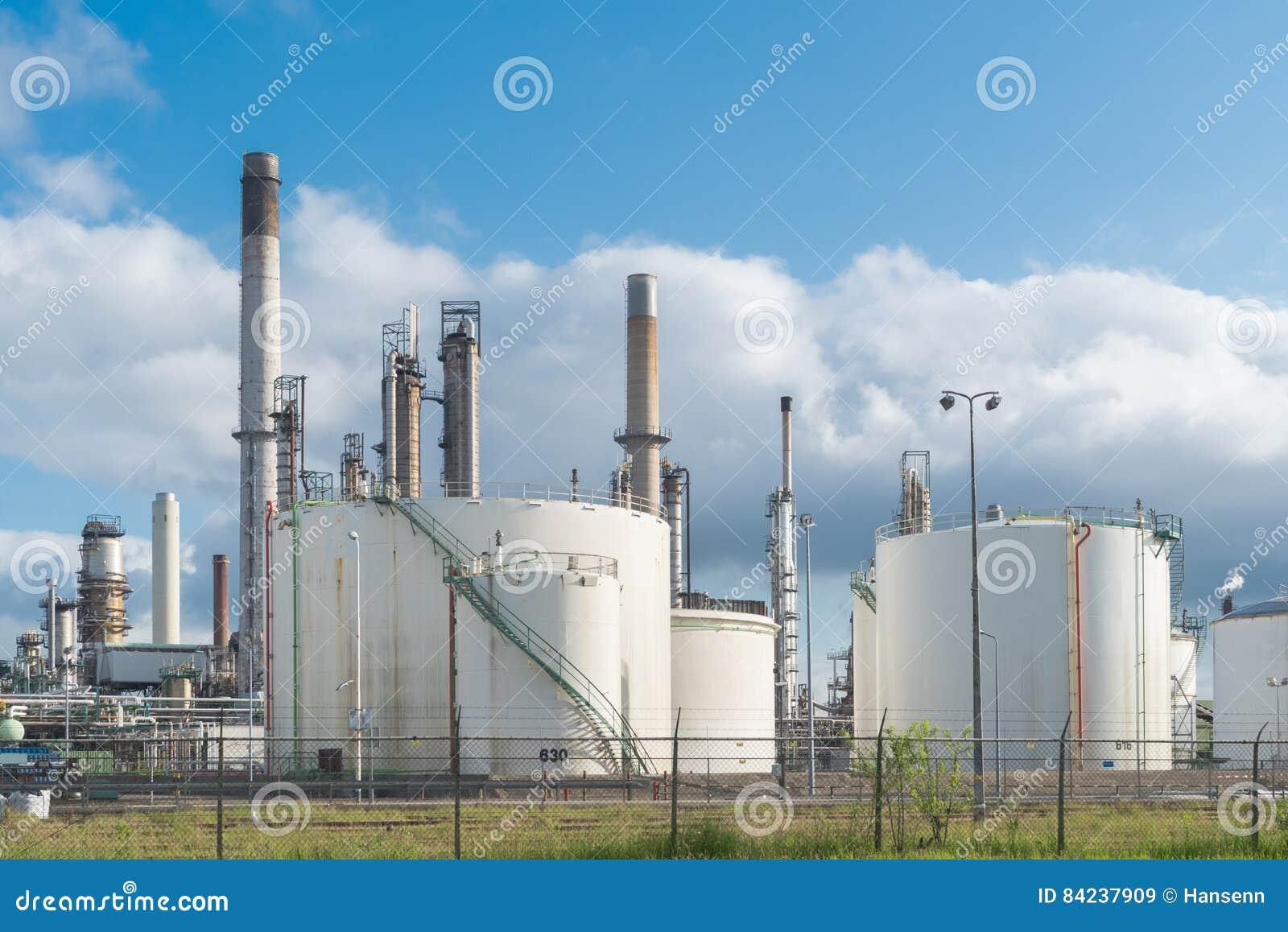 Petrokemisk växt i rotterdam