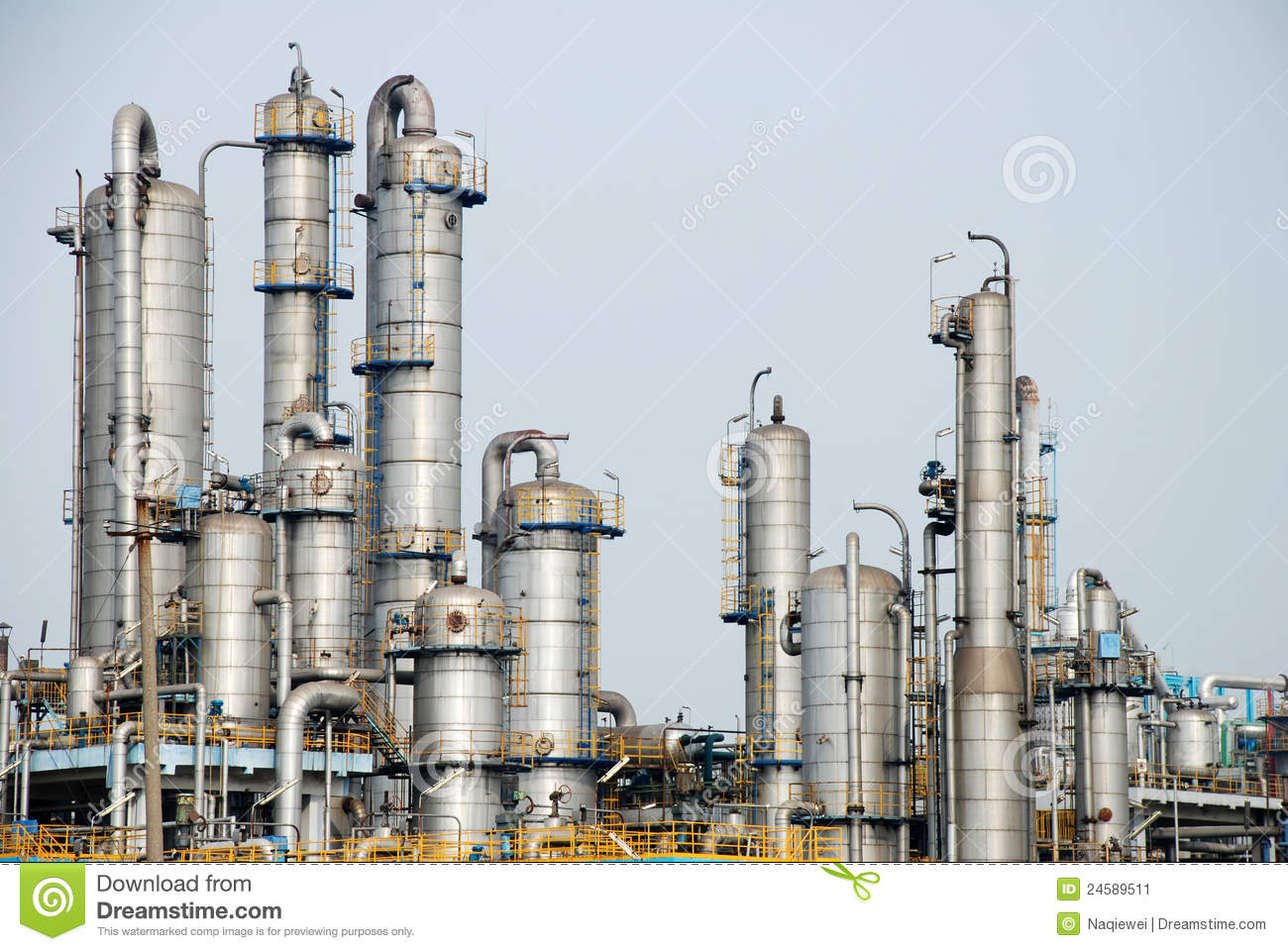 Petroleum Chemical Factory Stock Image. Image Of Pipe