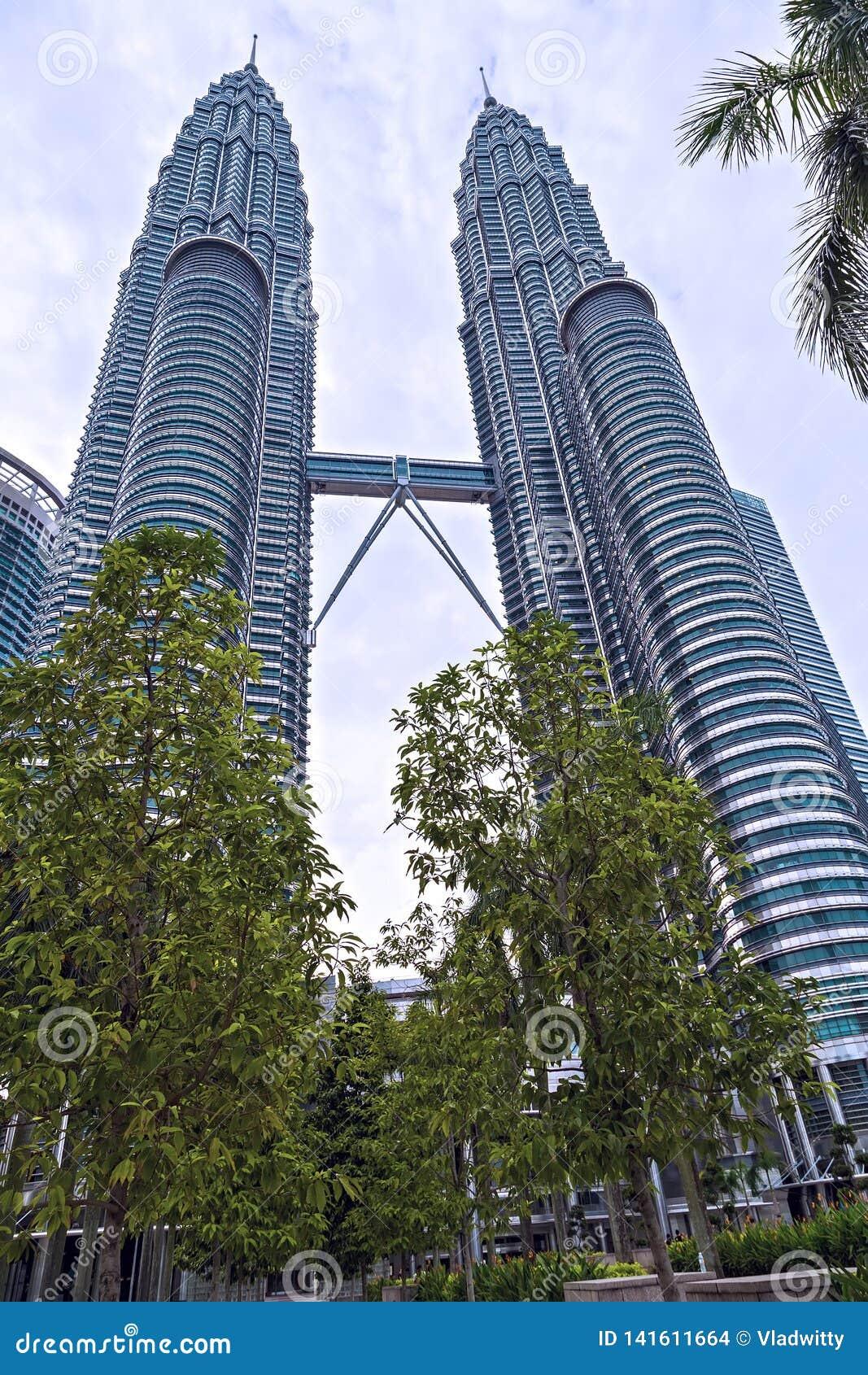 Petronas Klcc Twin Towers Buildings Are A Landmark Of Kuala