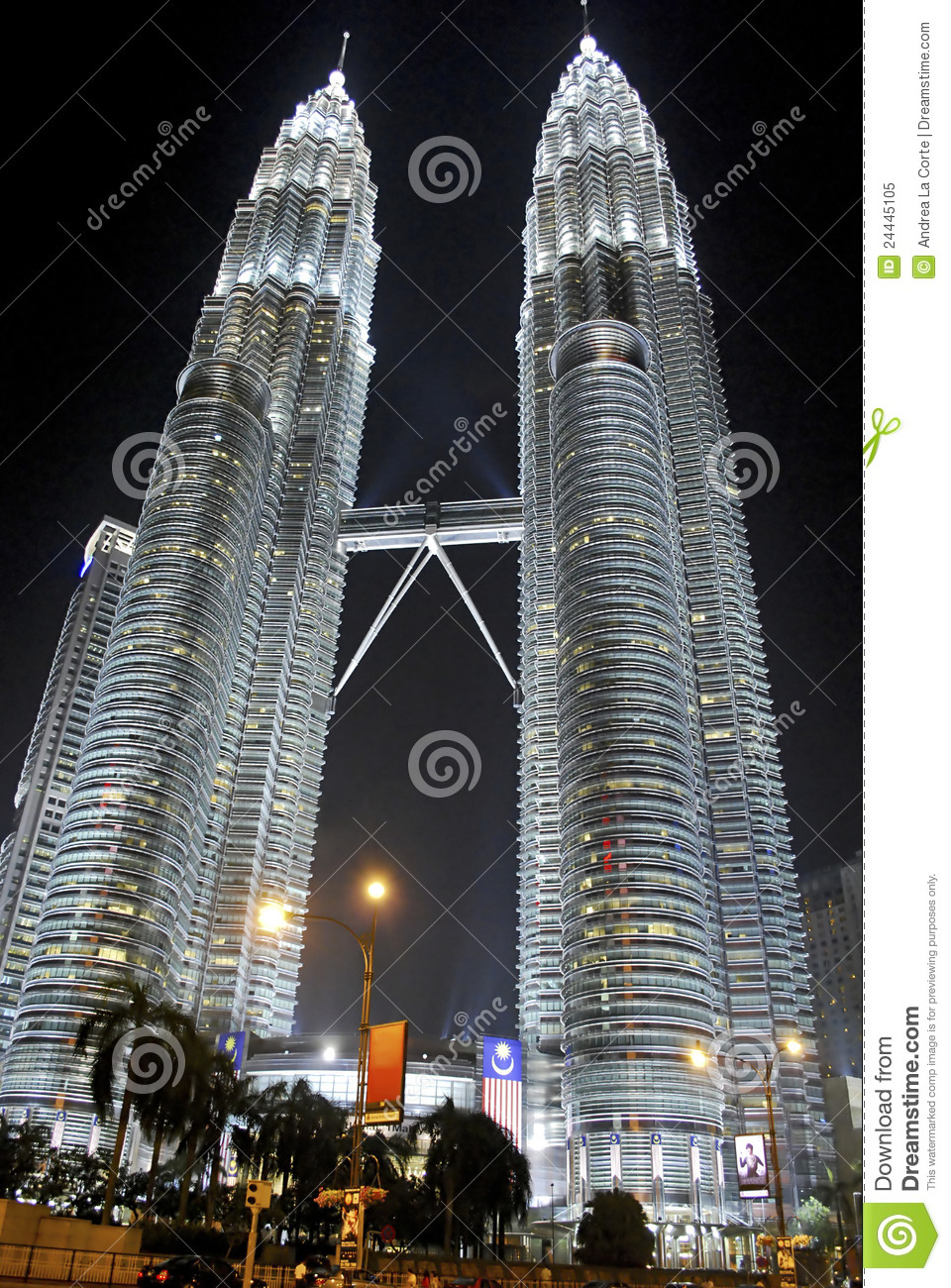 essay about petronas twin towers The official language of malaysia is bahasa malaysia although other languages  are also widely used such as english and mandarin  petronas twin towers and .
