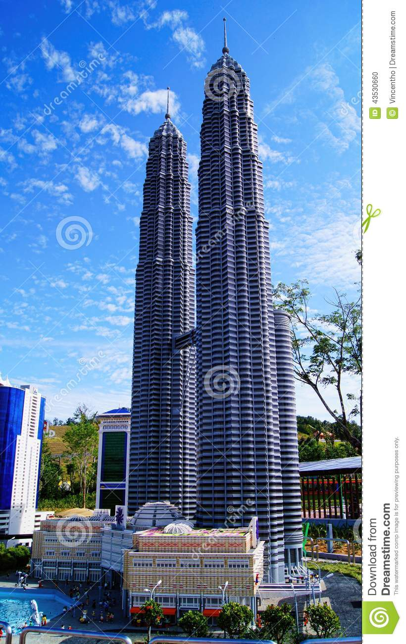 who built the petronas twin towers