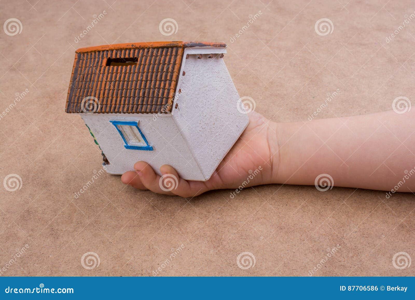 Peu de main et une maison modèle