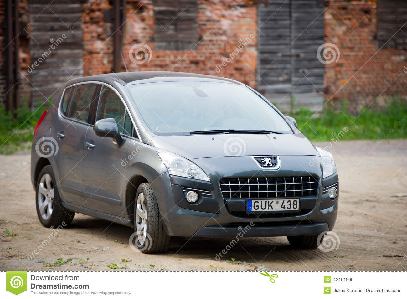 peugeot 3008 parked up in klaipeda old town editorial image image of class 2014 42101900. Black Bedroom Furniture Sets. Home Design Ideas