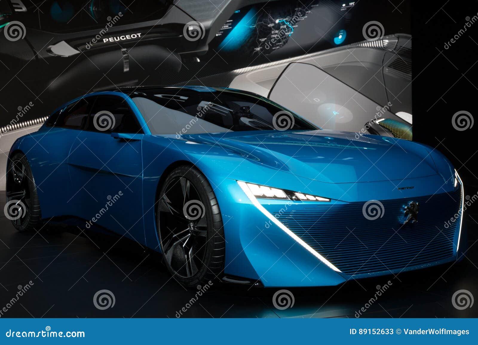 Peugeot pojęcia Instynktowy autonomiczny samochód