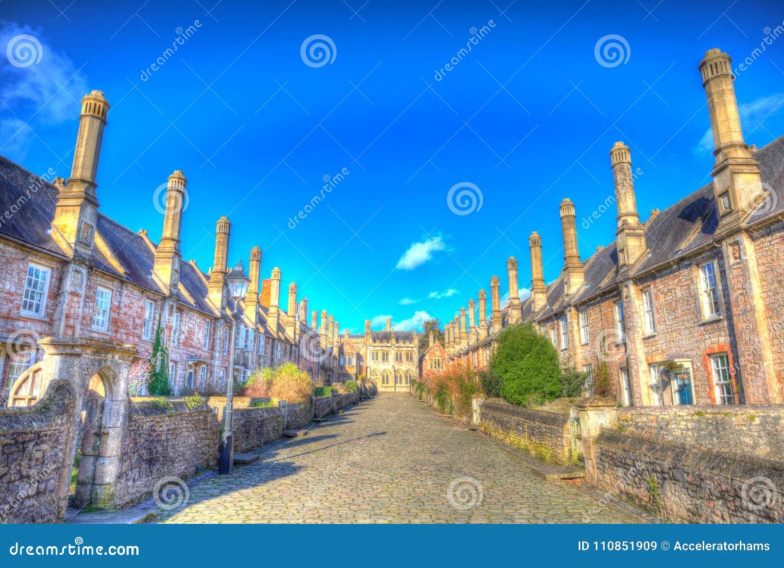 Pfarrer schließen durch Wells-Kathedrale Somerset England Großbritannien im bunten hdr