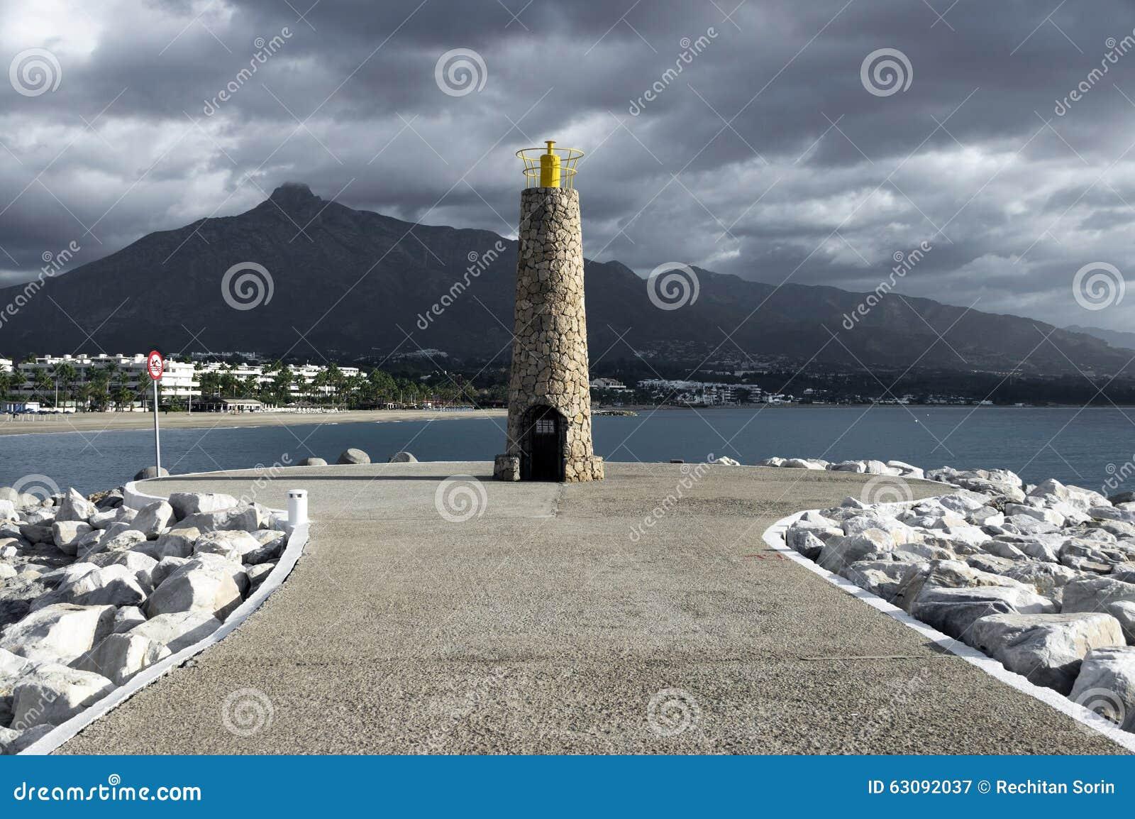 Download Phare à Marbella image stock. Image du costa, récréation - 63092037