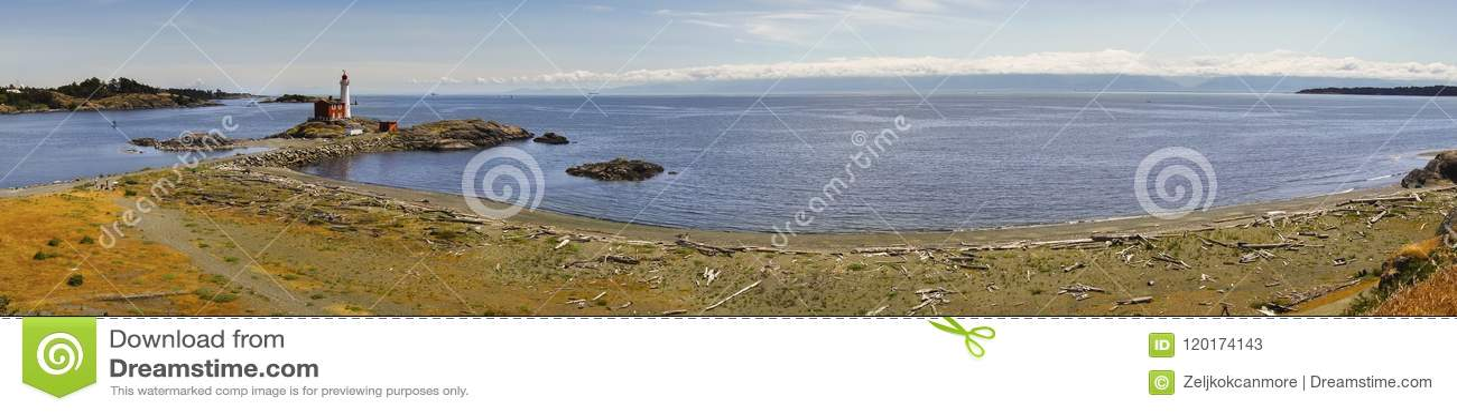 Phare de Fisgard et paysage de Juan De Fuca Strait Wide Panoramic