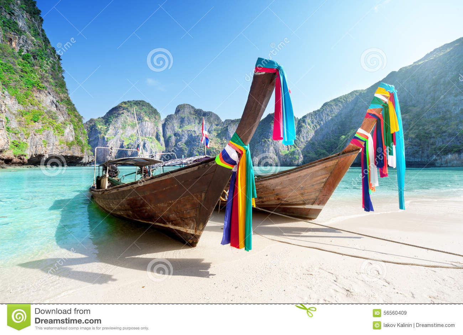 Download Phi κόλπων της Maya Phi νησί Leh, Ταϊλάνδη Στοκ Εικόνα - εικόνα από βακκινίων, φύση: 56560409