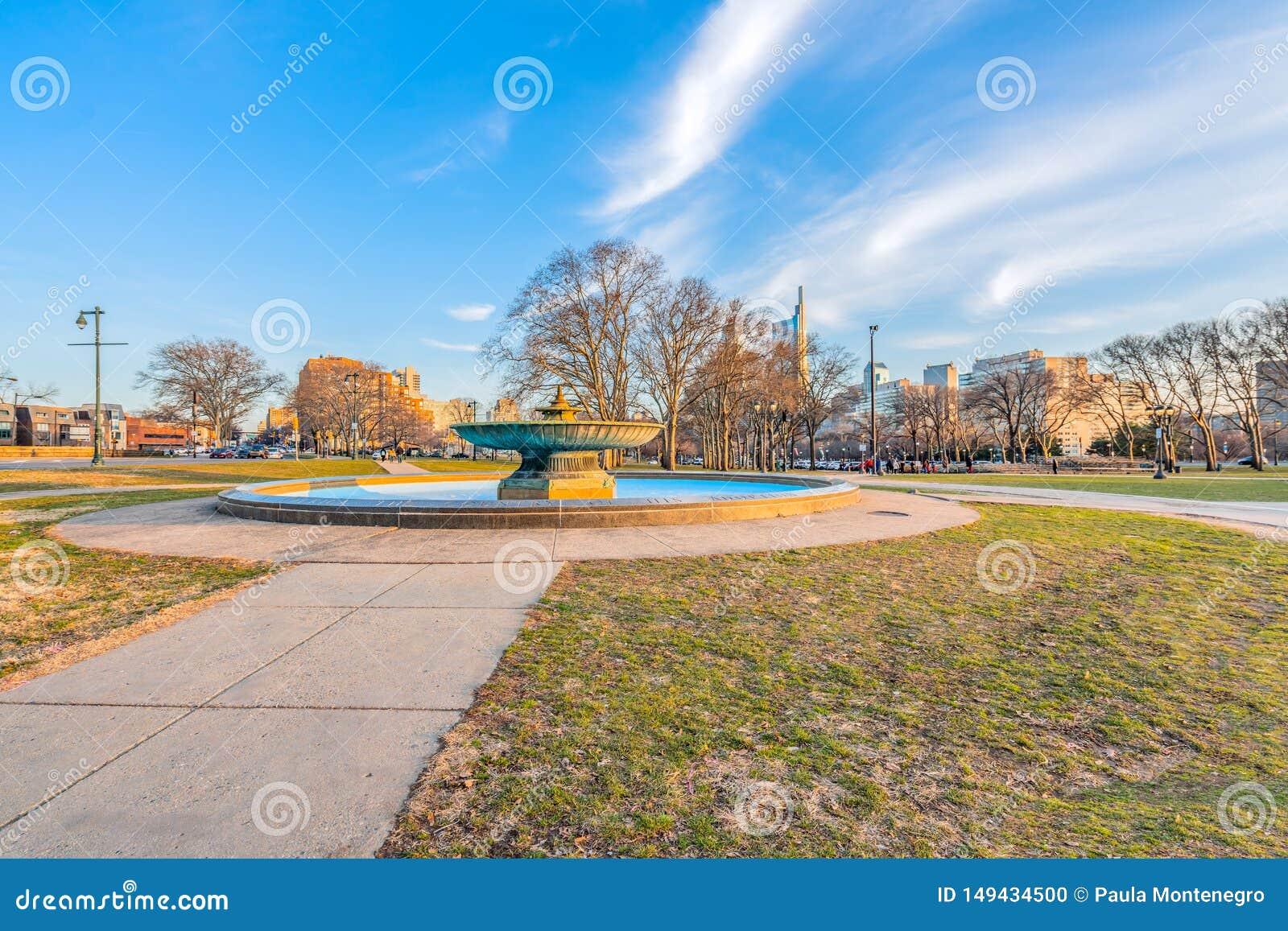 Philadelphia, Pennsylvania, de V.S. - December, 2018 - Mooie mening van Ericsson Fountain in Eakins-Ovaal