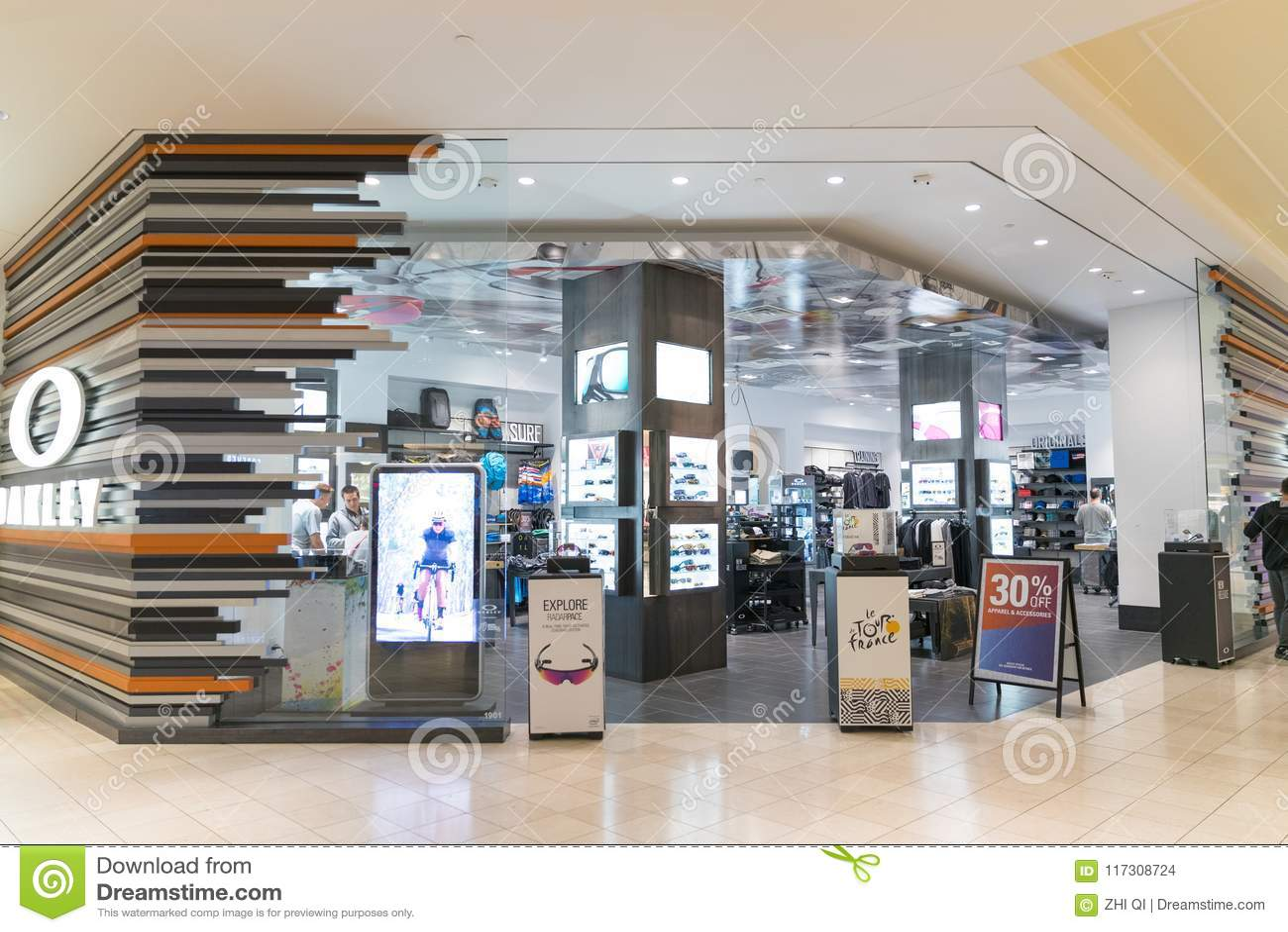 oakley mall of scandinavia