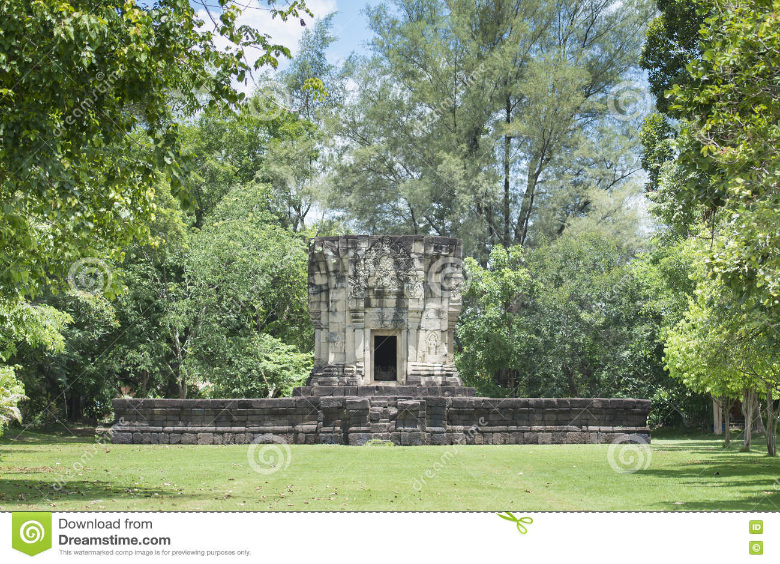 Phluang圣所前面在素林,公共场所