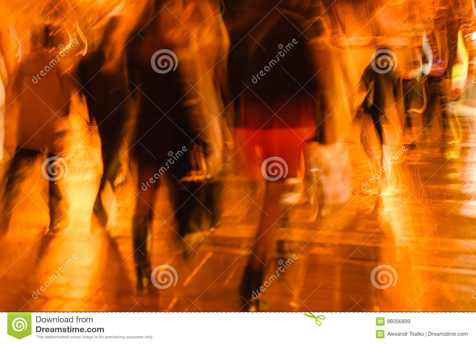 Photo abstraite des personnes retournant à la maison après travail