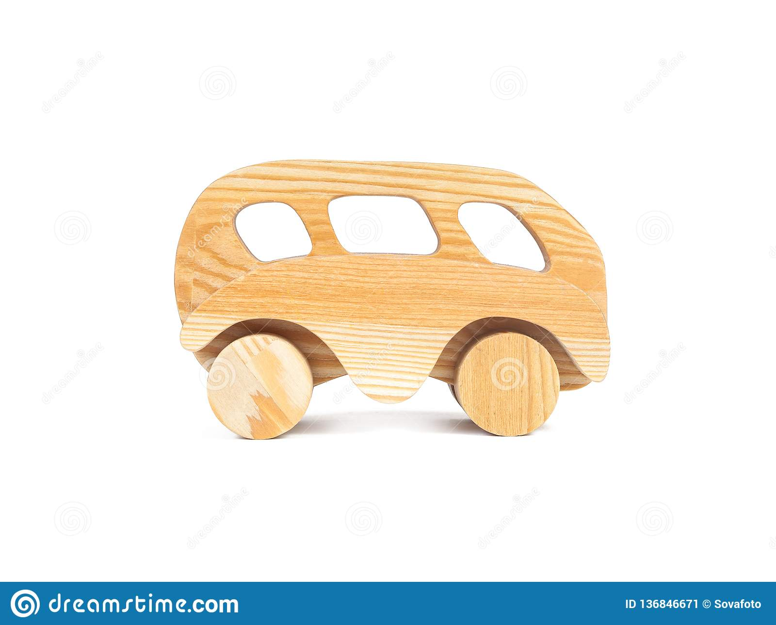 Photo d une voiture en bois