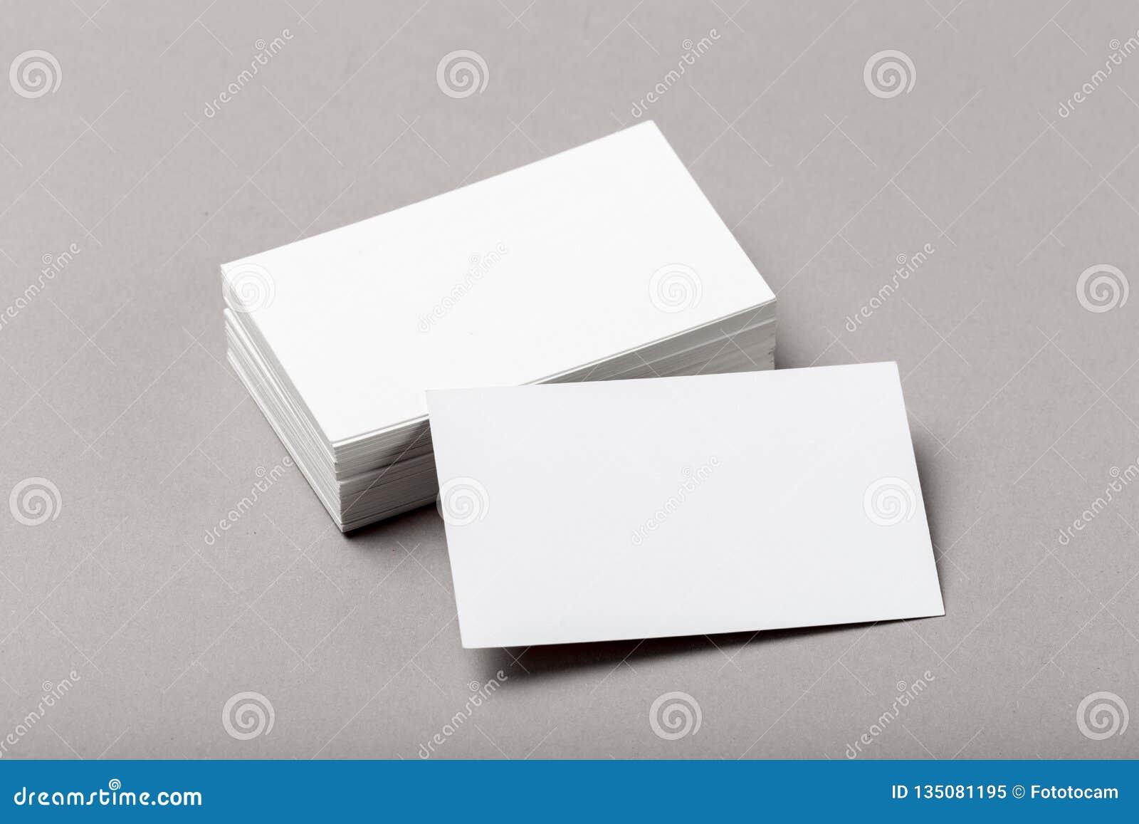 Photo de pile de cartes de visite professionnelle de visite Calibre pour l identité de marquage à chaud