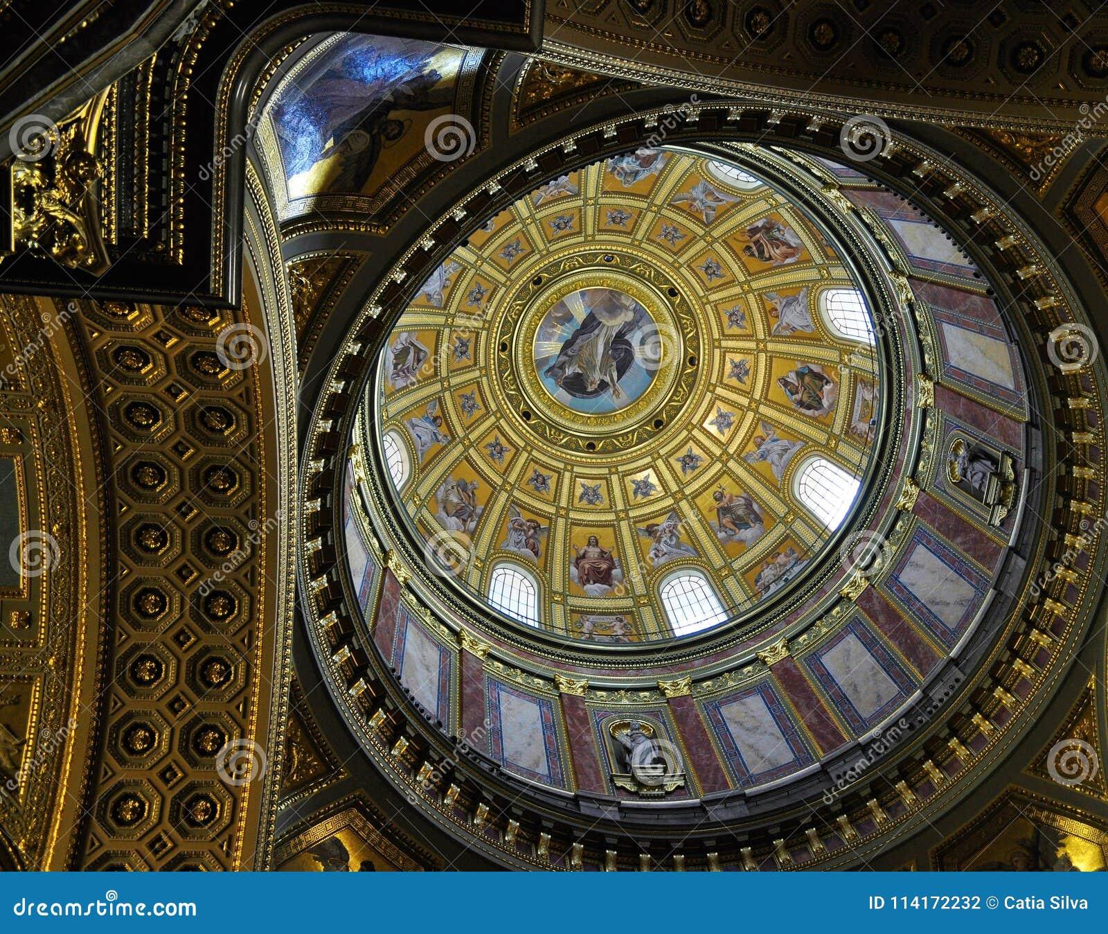St. Stephen`s Basilica dome - Budapest