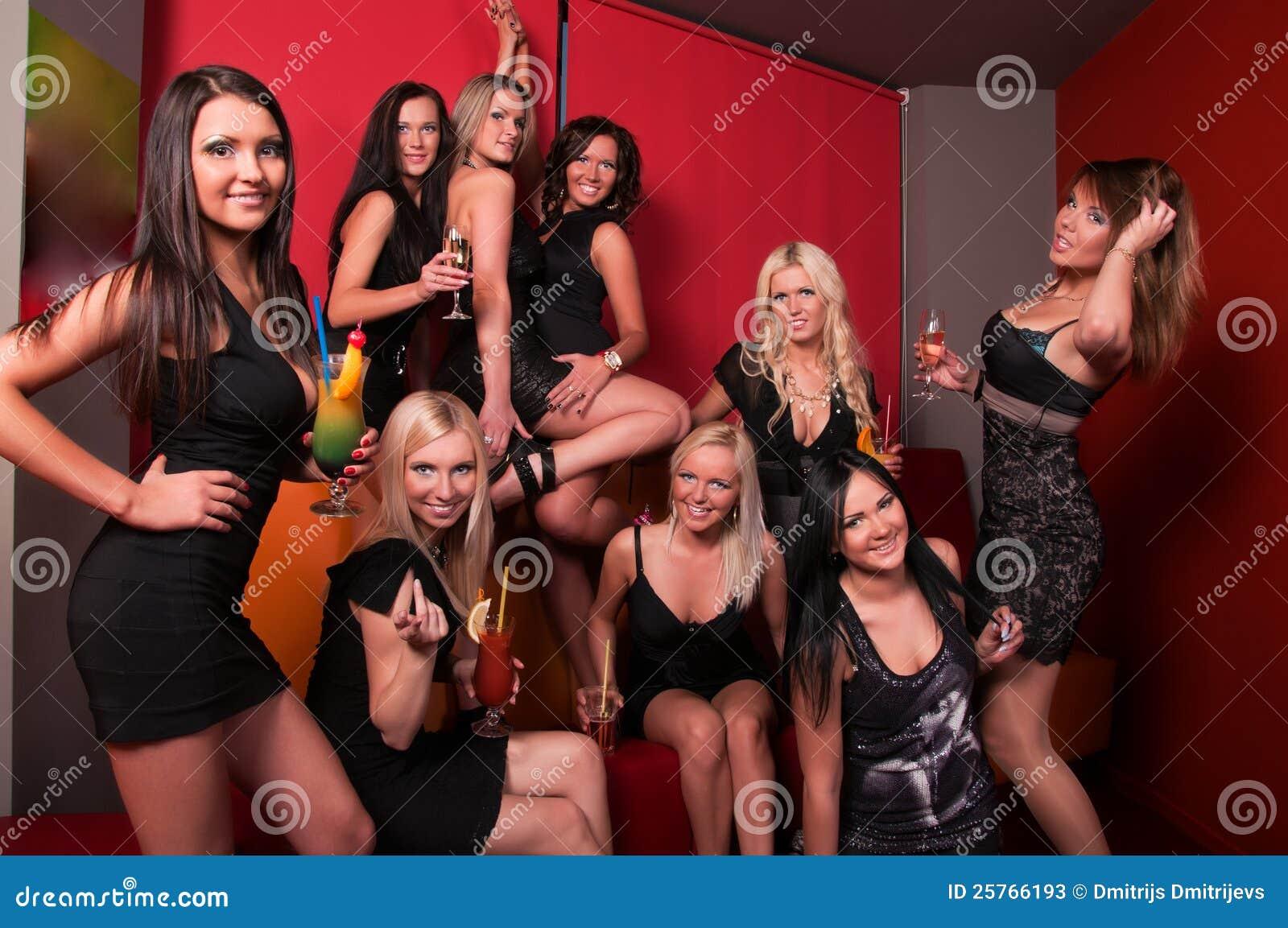 Лучшие девушки в клубах фото