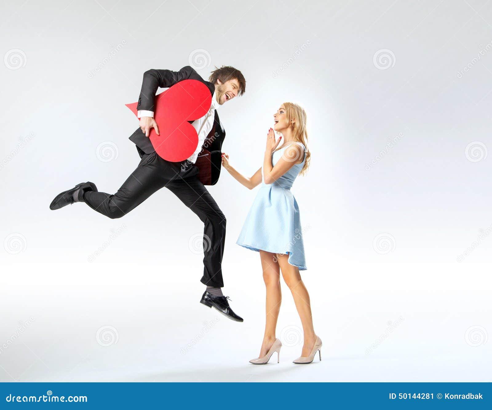 photo romantique d 39 un jeune couple dans l 39 amour image stock image du girlfriend tricot 50144281. Black Bedroom Furniture Sets. Home Design Ideas