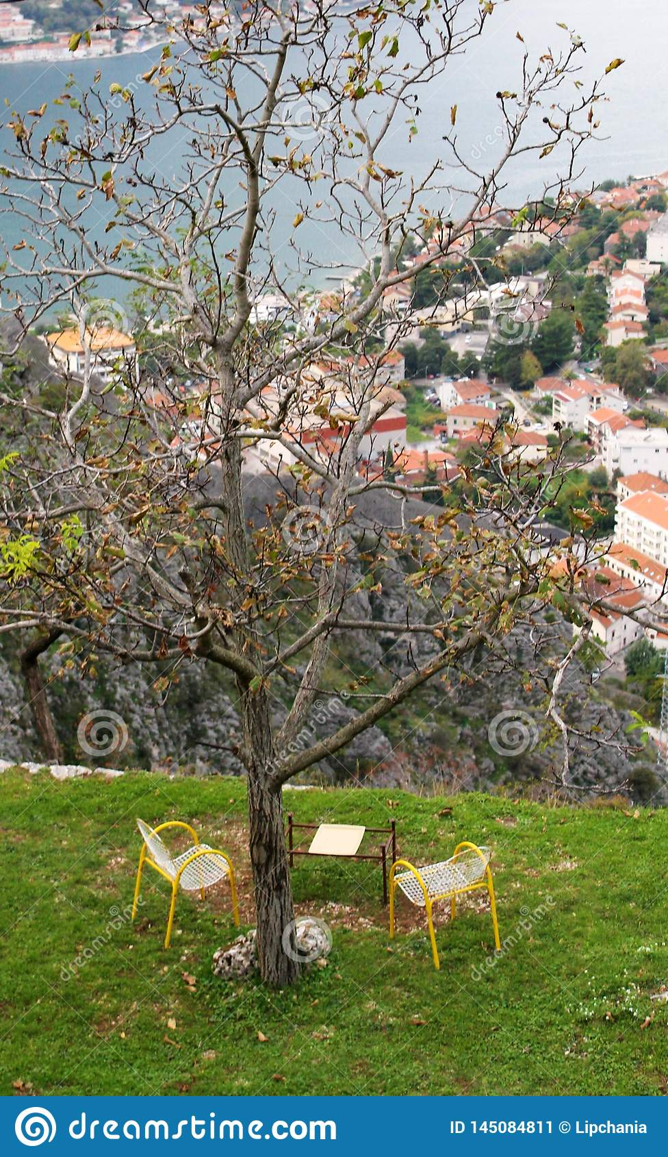 A table for two in Kotor