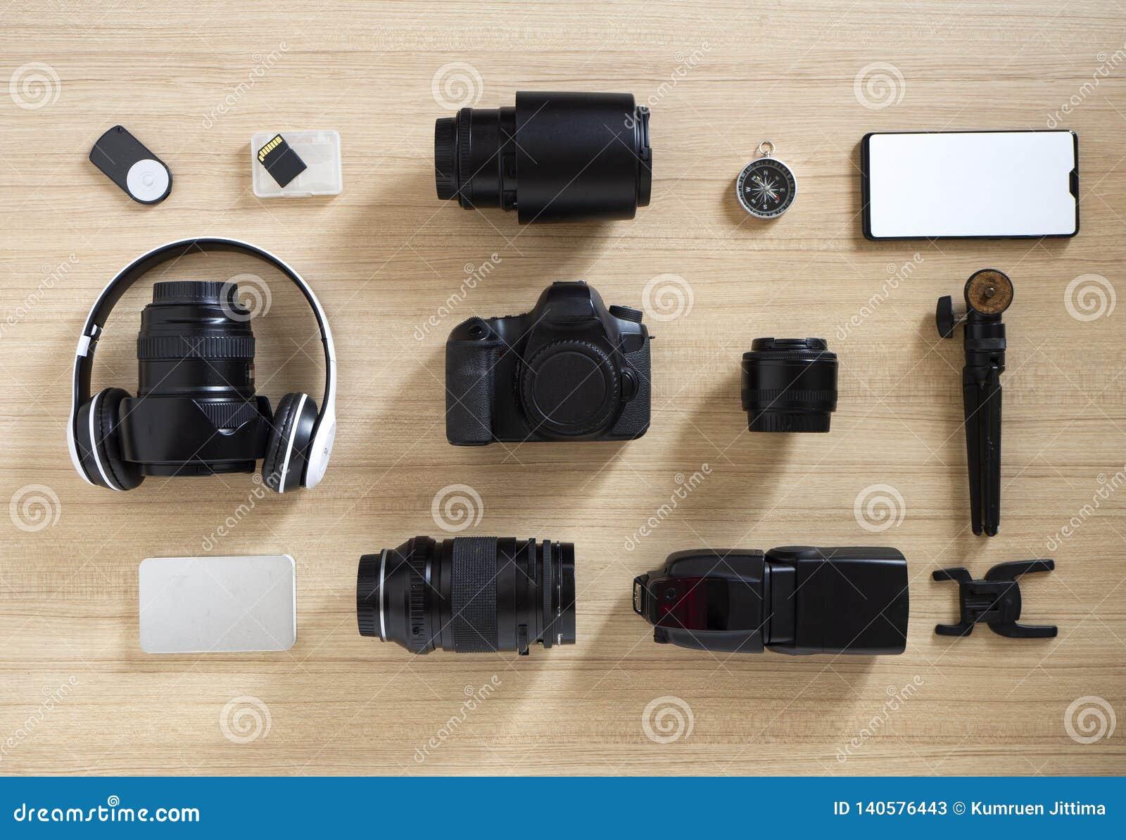 Photographer' s materiaal en toebehoren op hout