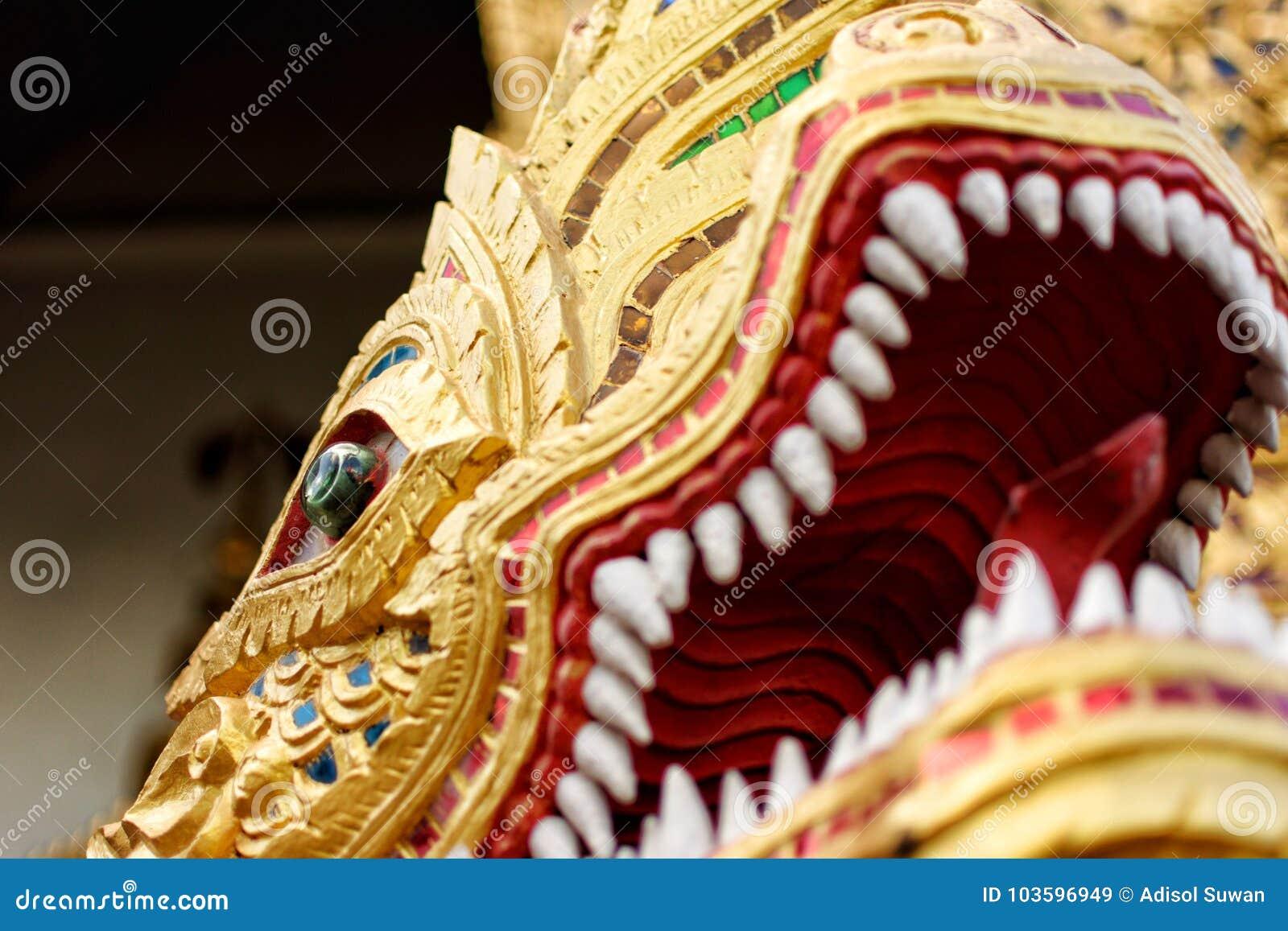 Phra Ya NAK, wat phra singha