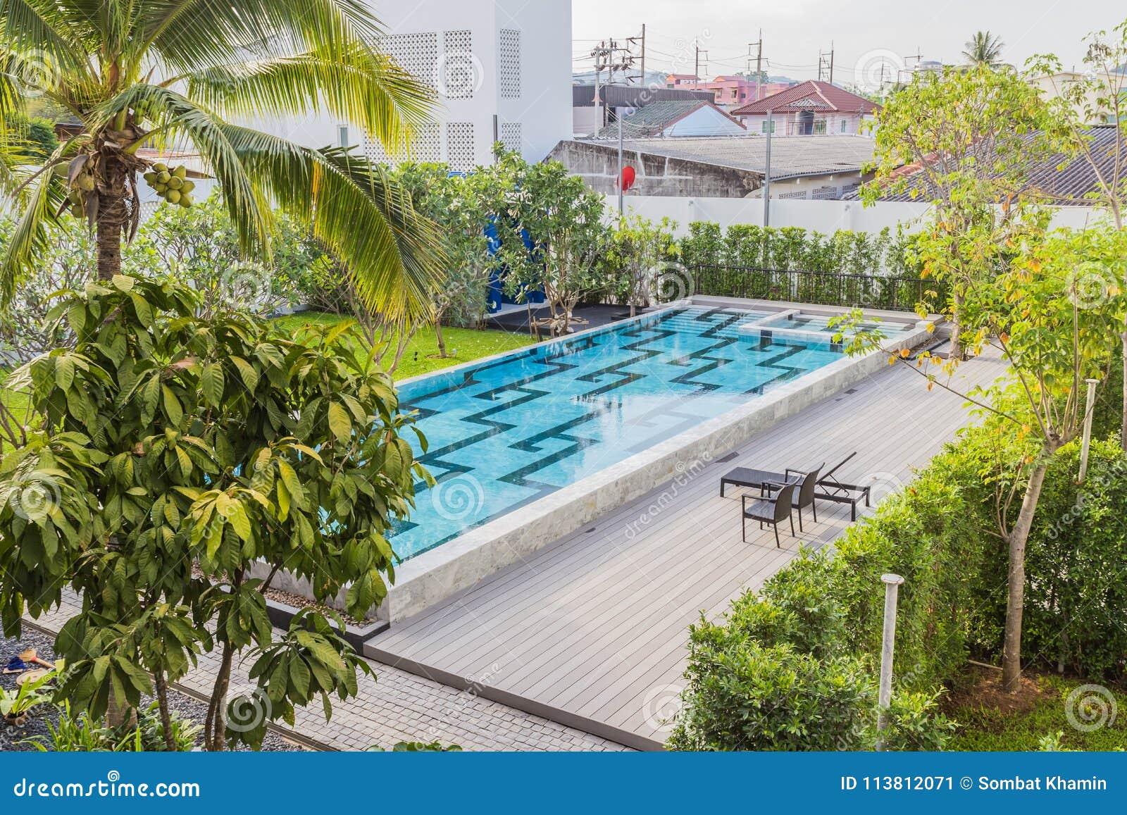 Phuket, Thaïlande - 19 avril 2017 : La piscine du Litt