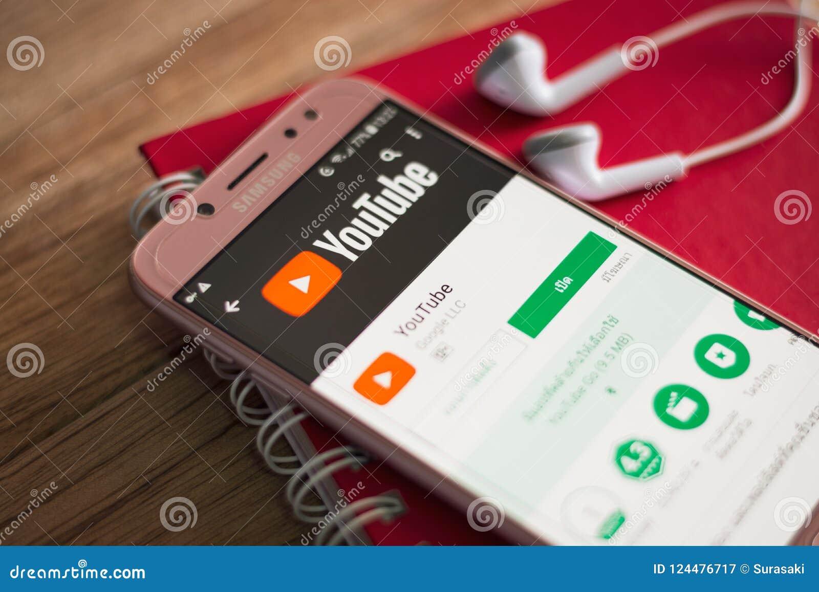 PHUKET, THAILAND - AUGUST 23, 2018 : Smartphone Samsung