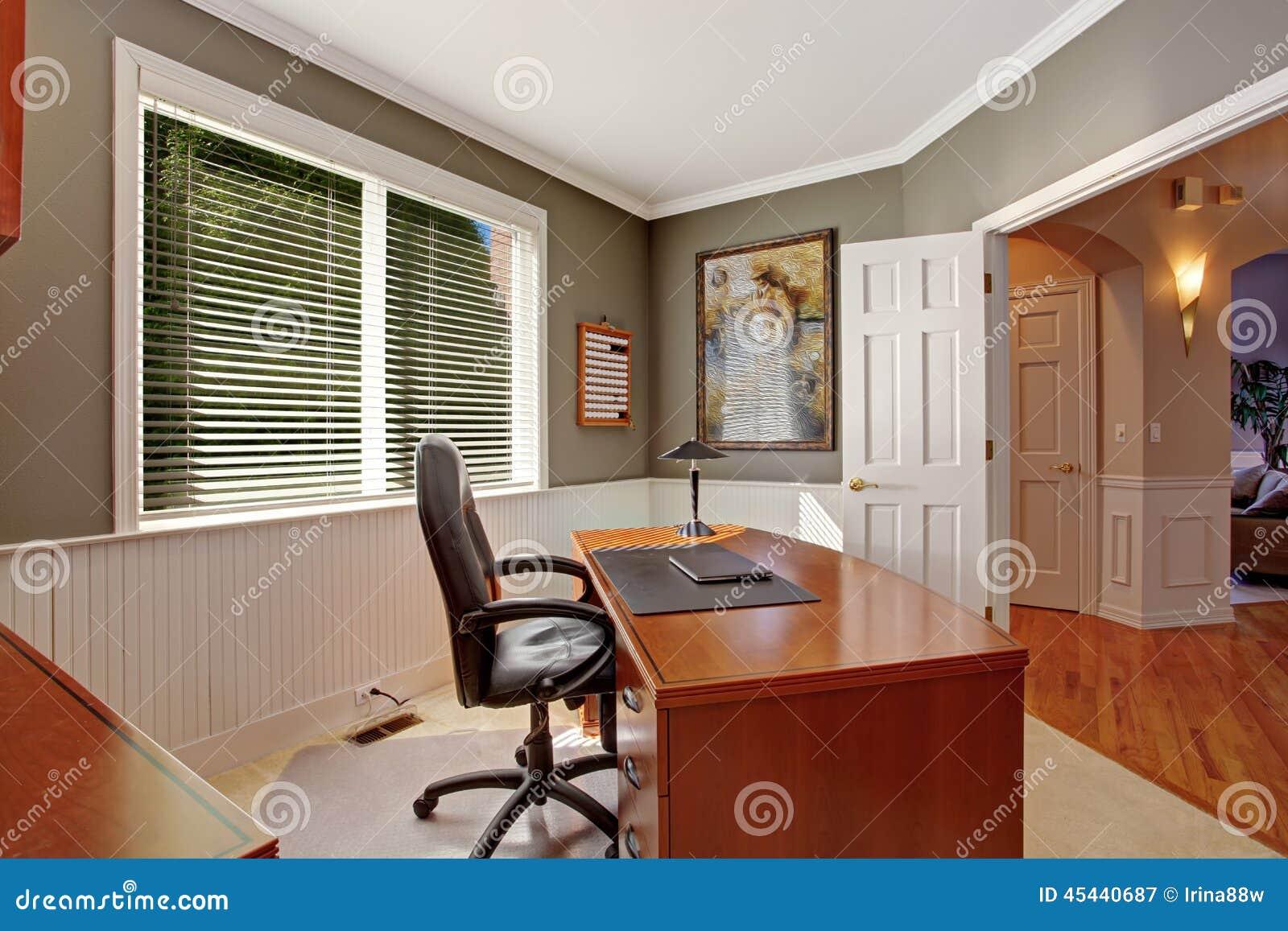 Bureau Feng Shui À La Maison pièce de bureau dans la maison de luxe image stock - image