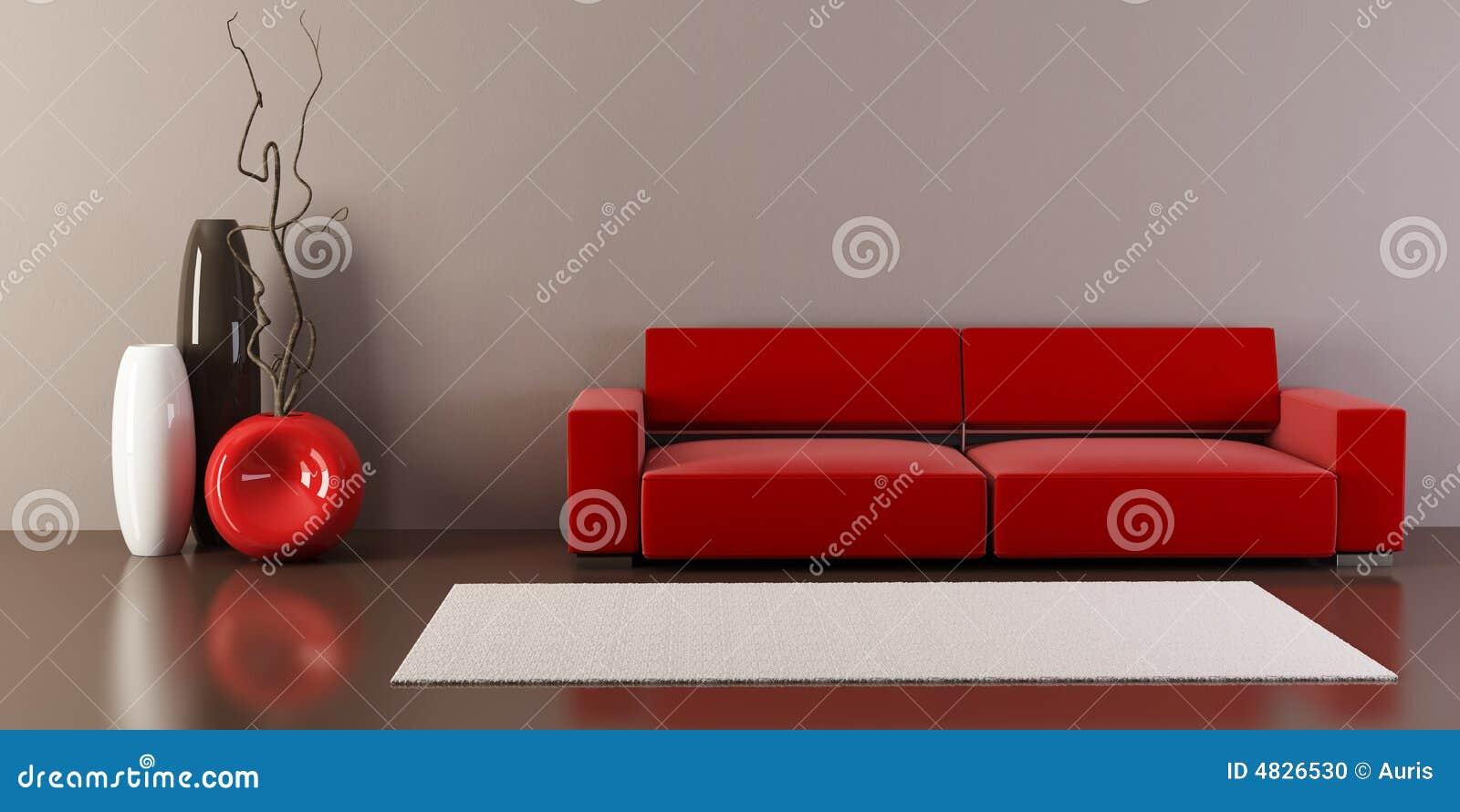 Pièce de salon avec le divan et les vases