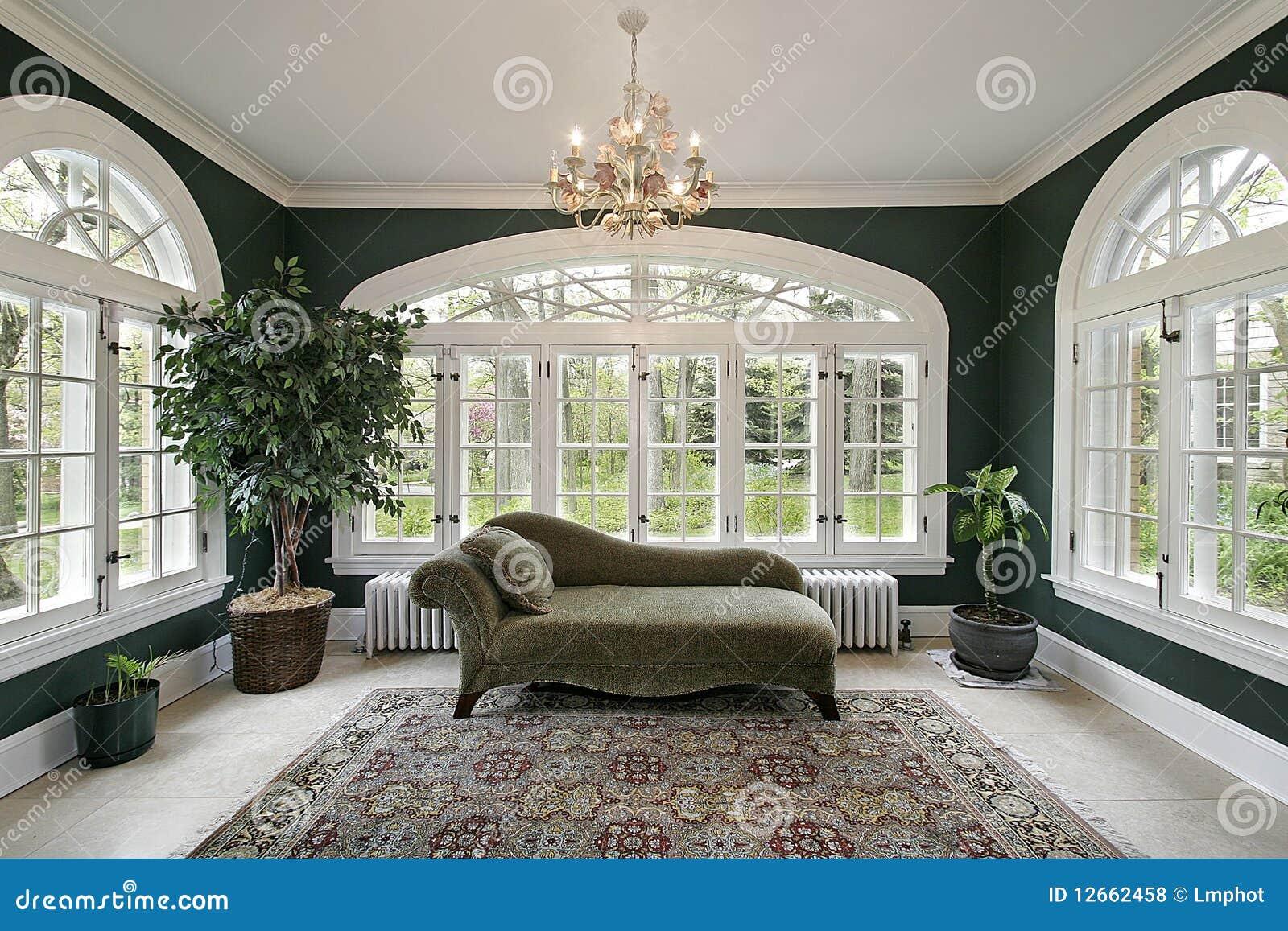 pi ce de sun dans la maison de luxe photo stock image du r el architecture 12662458. Black Bedroom Furniture Sets. Home Design Ideas