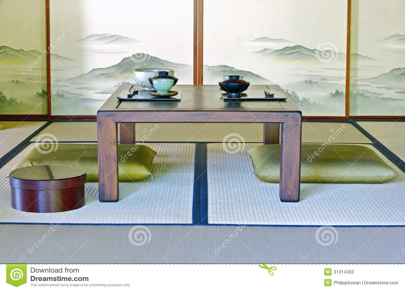 Table À Manger Japonaise pièce japonaise traditionnelle image stock - image du home