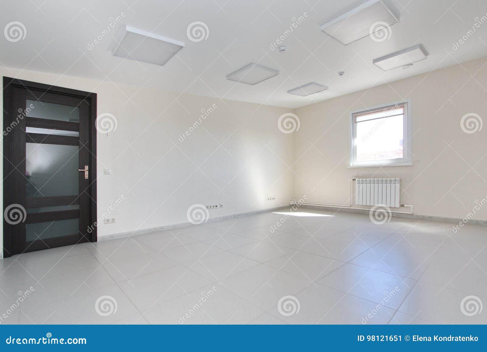 download pice vide intrieure de lumire de bureau avec le papier peint blanc non meubl dans
