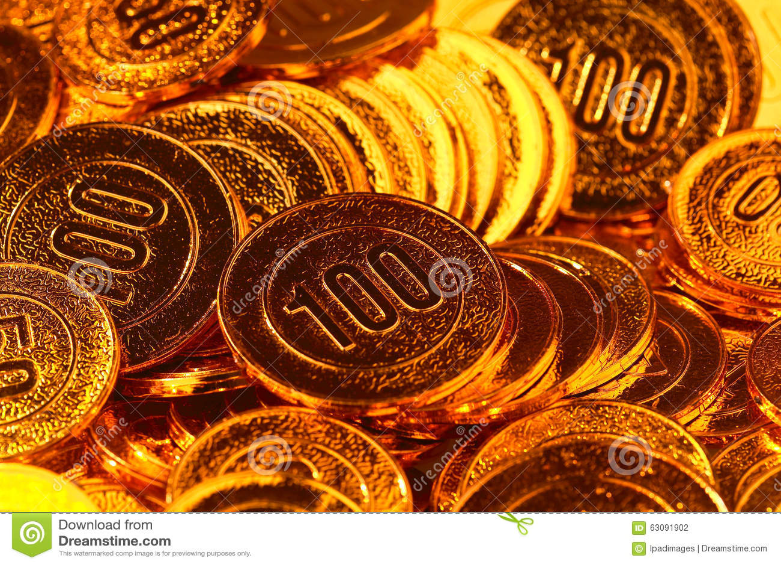 Download Pièces De Monnaie D'or Empilées Dans Un Tas De Fond Photo stock - Image du produits, trouble: 63091902