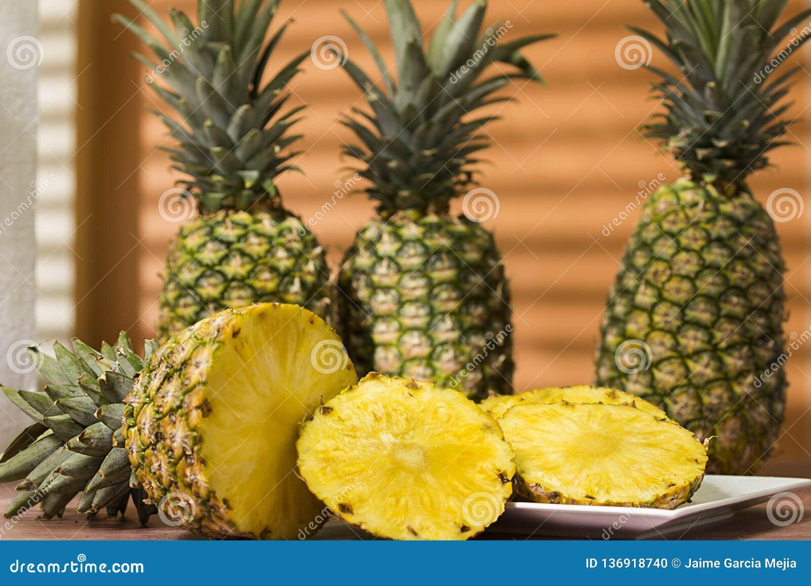 Piña de la fruta tropical de Suramérica