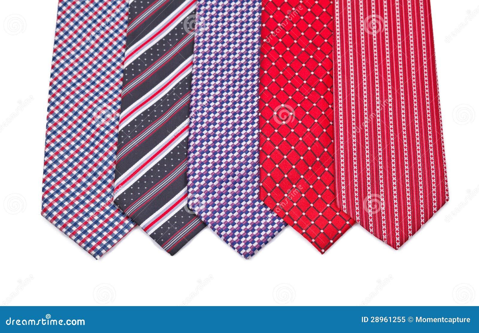 Pięć elegancka jedwabnicza samiec wiąże na bielu (krawat)
