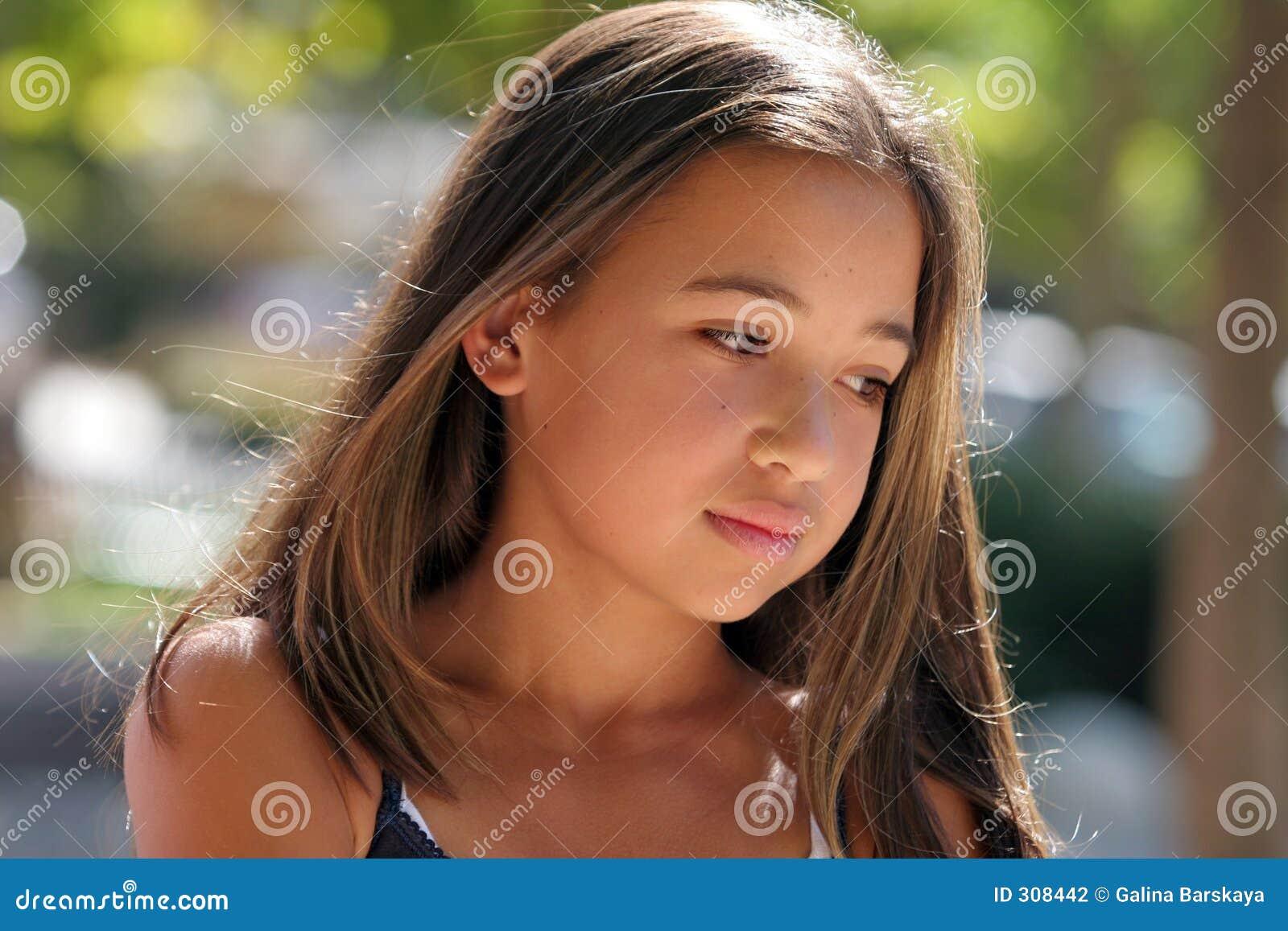Piękna dziewczyna nastoletnia