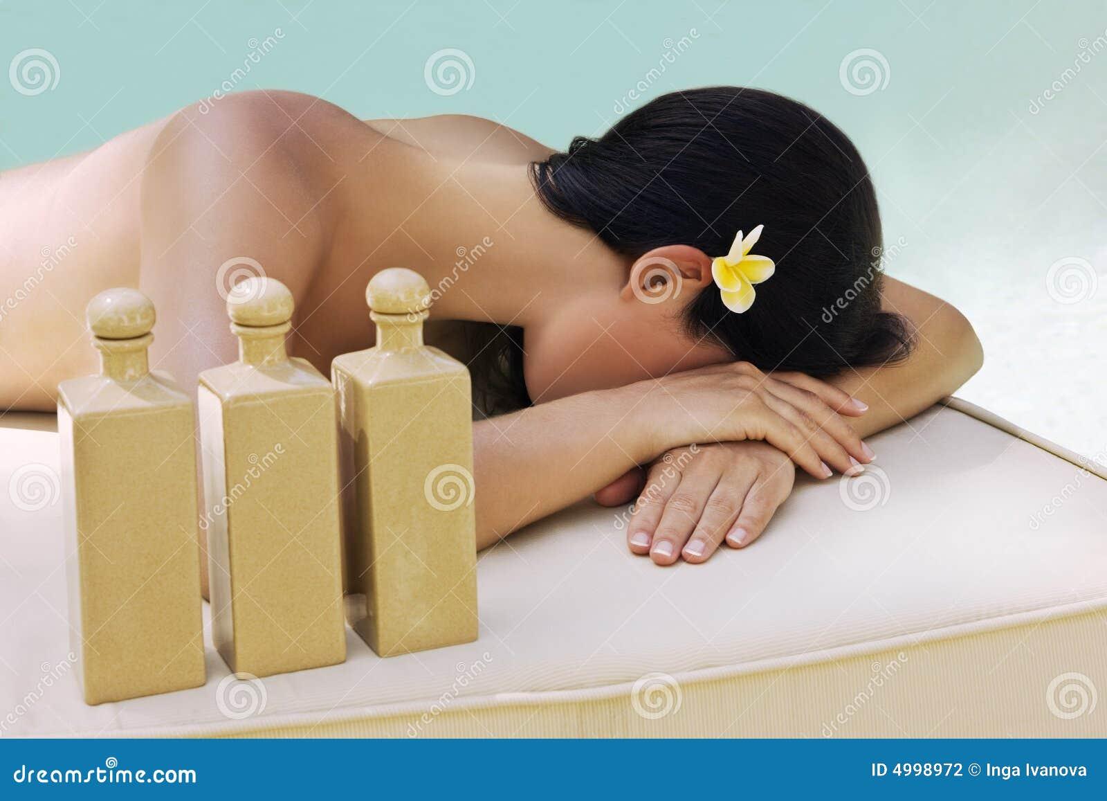- piękna kobieta leczenia w spa.