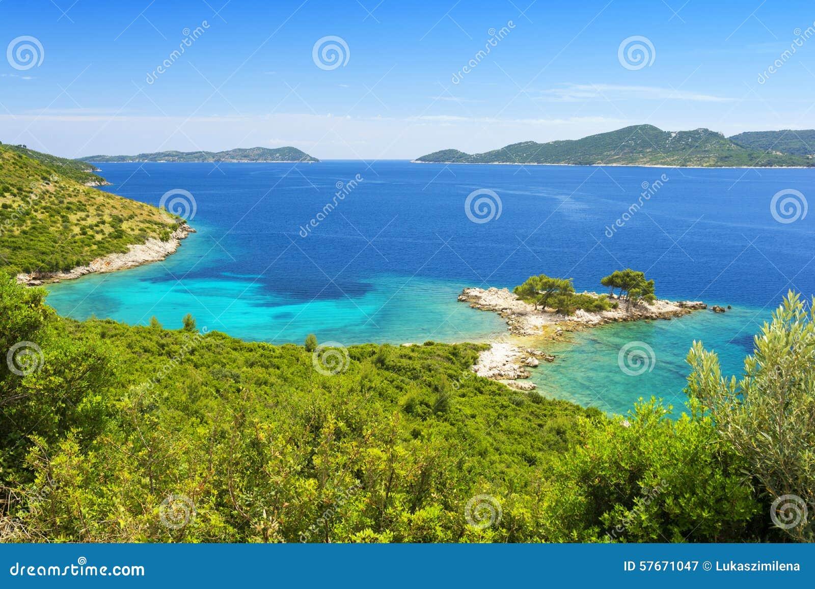 Piękna linia brzegowa blisko Dubrovnik w Dalmatia, Chorwacja
