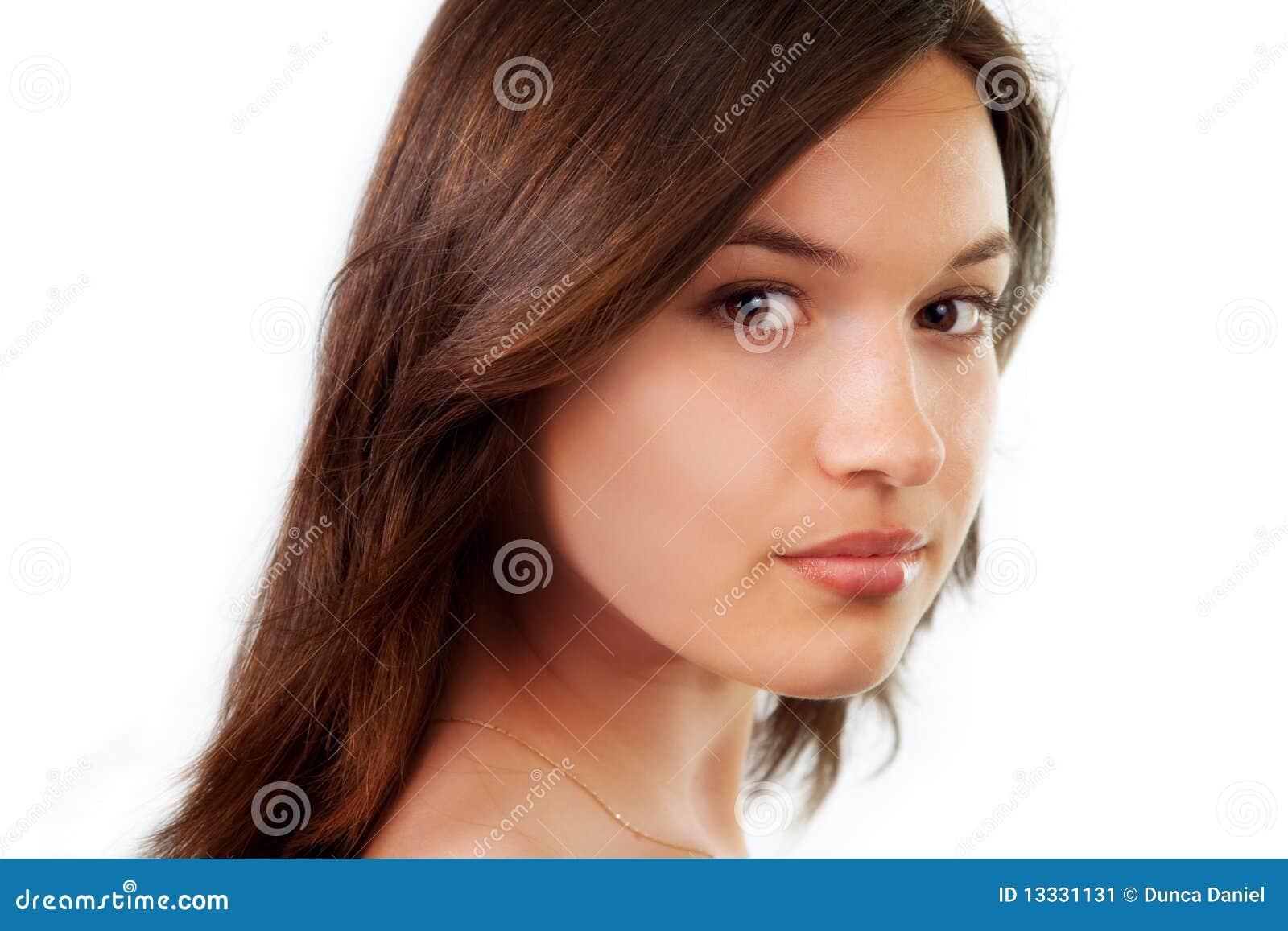 Piękna naturalnego portreta czyści kobiety potomstwa