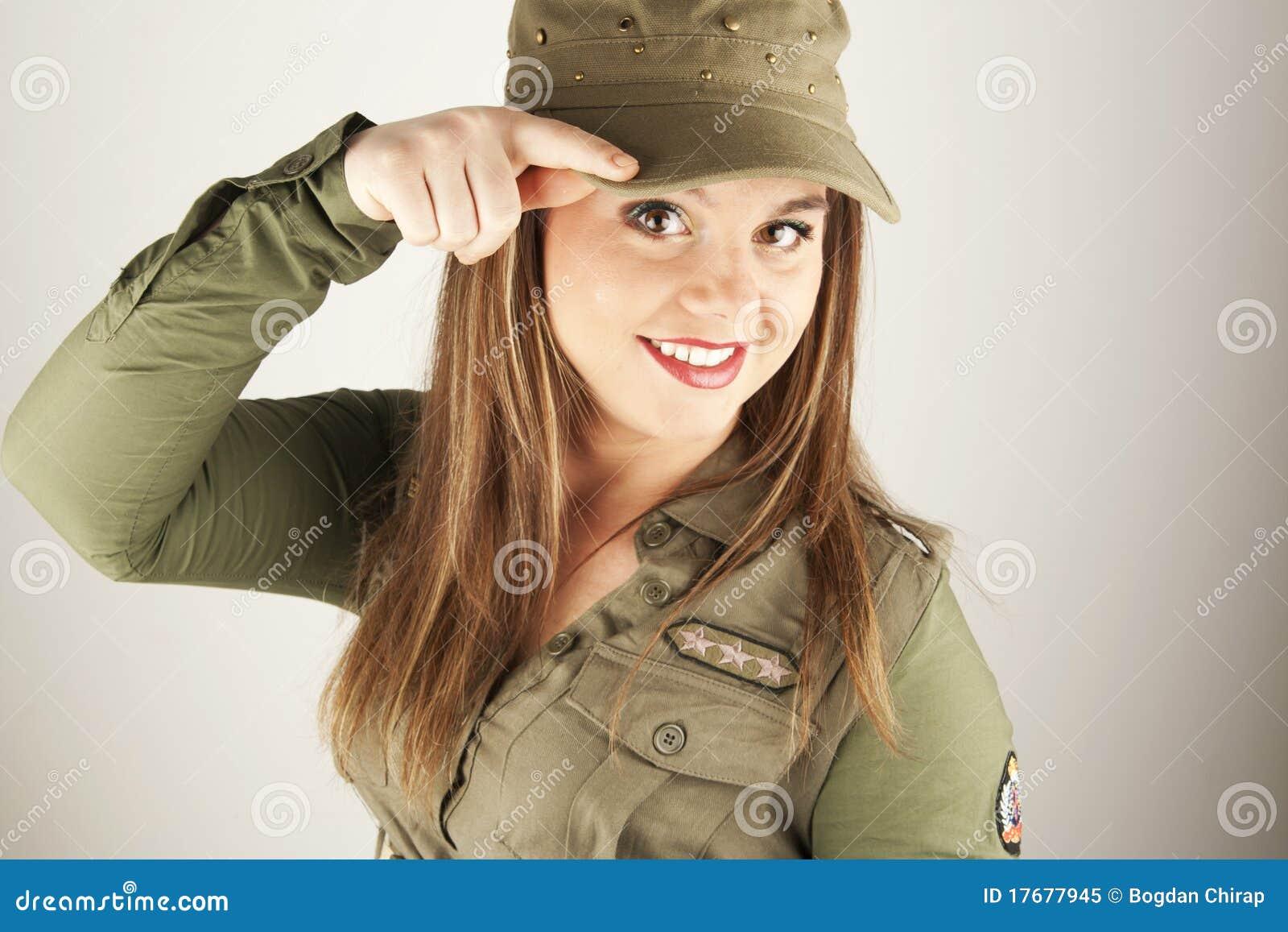 Piękna odzieżowa militarna target589_0_ kobieta